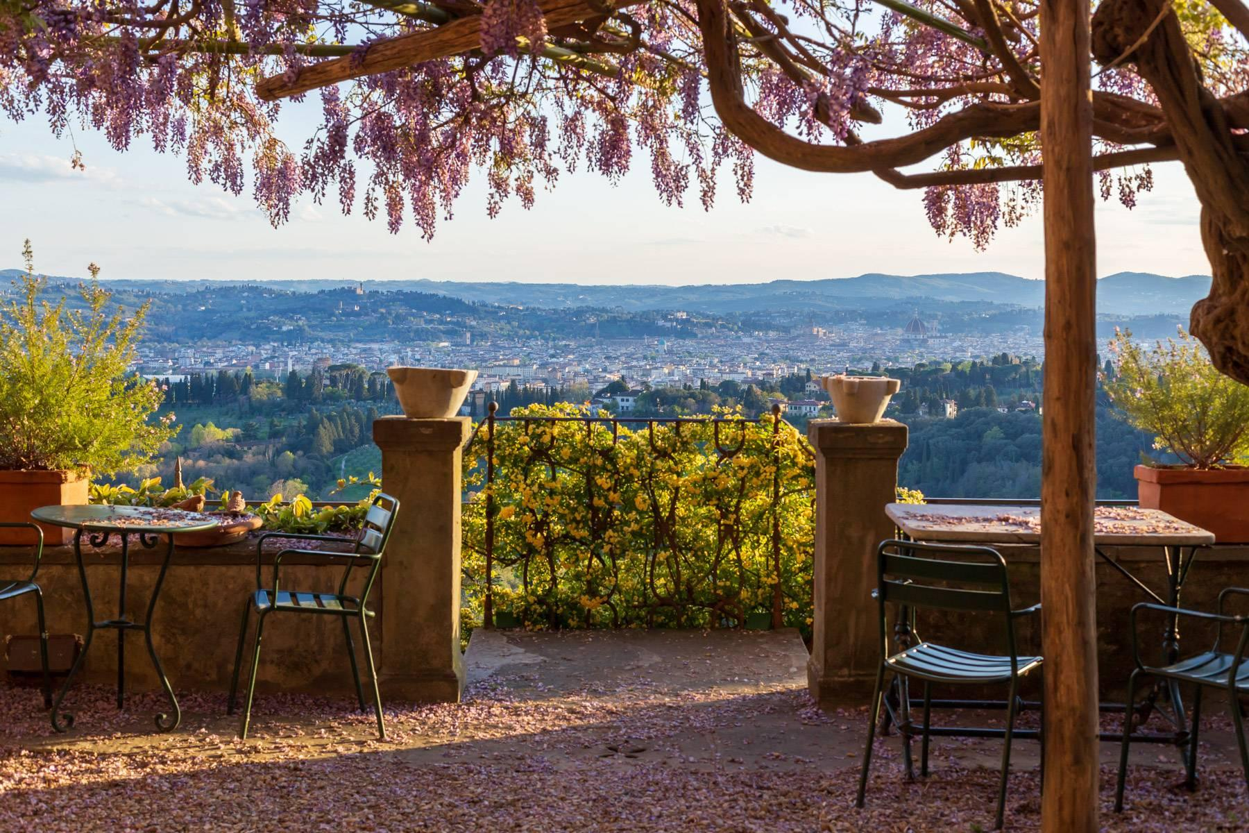Large historic landmark mansion with the most stunning views over Florence - 29