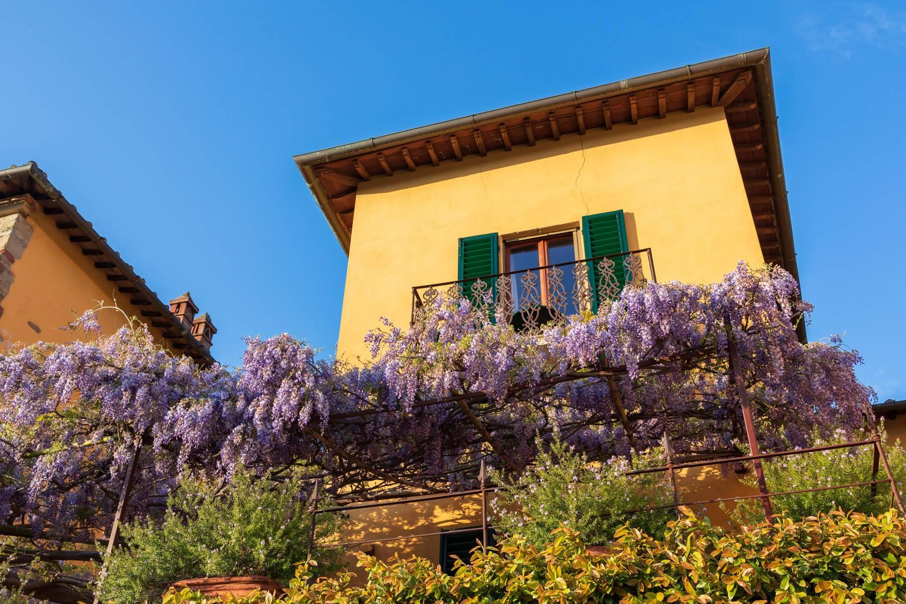 Large historic landmark mansion with the most stunning views over Florence - 30