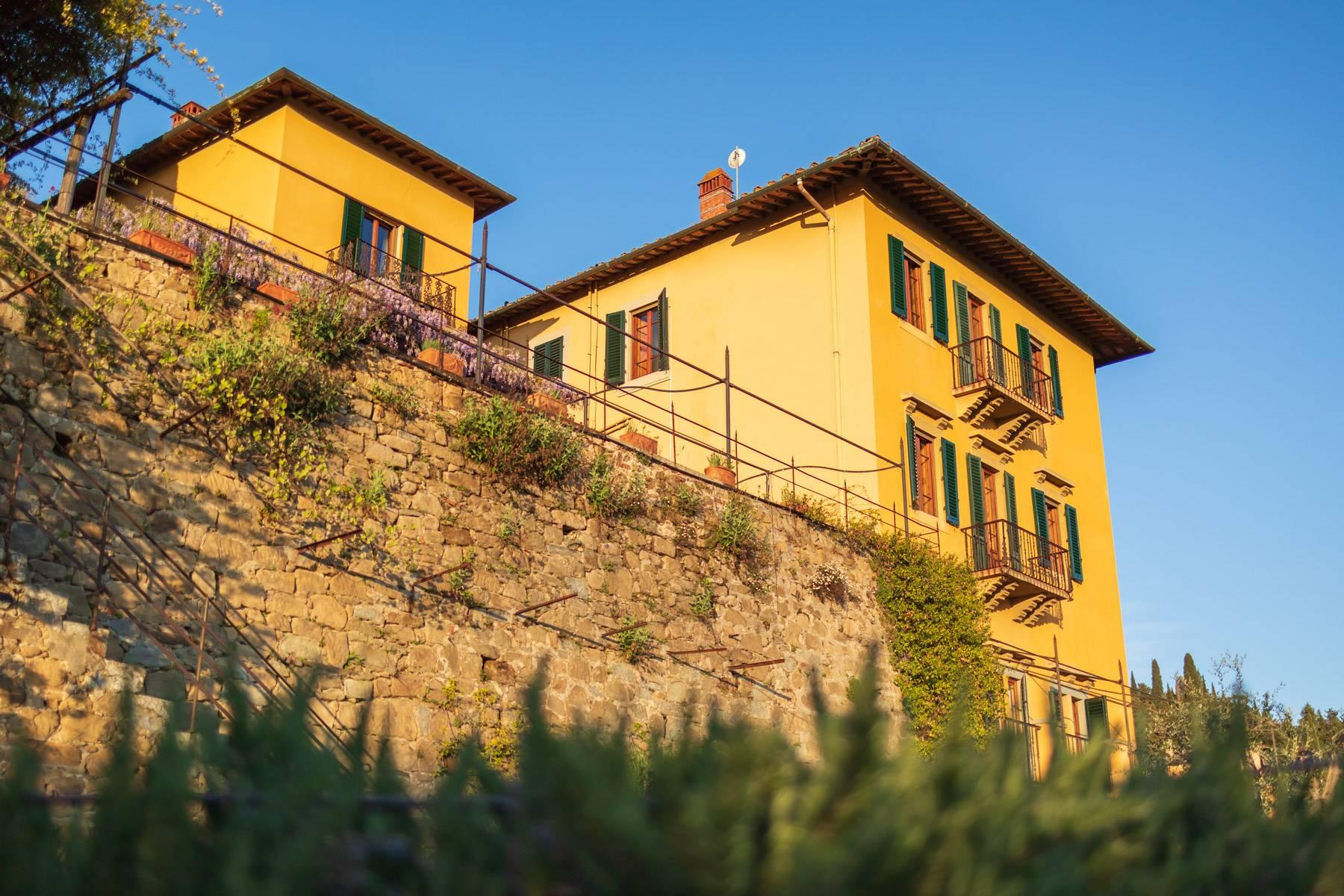 Large historic landmark mansion with the most stunning views over Florence - 34