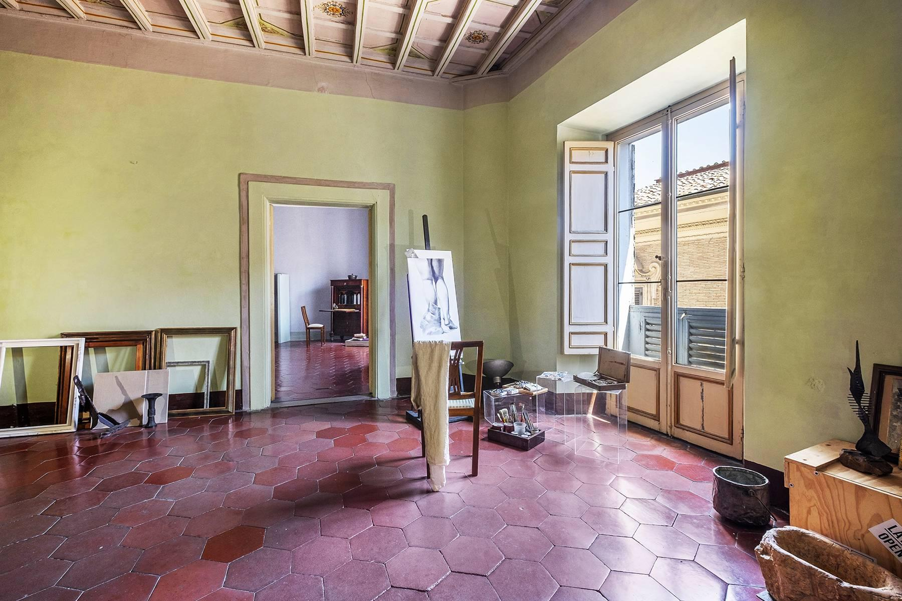 Magnificent apartment in historical property - 26