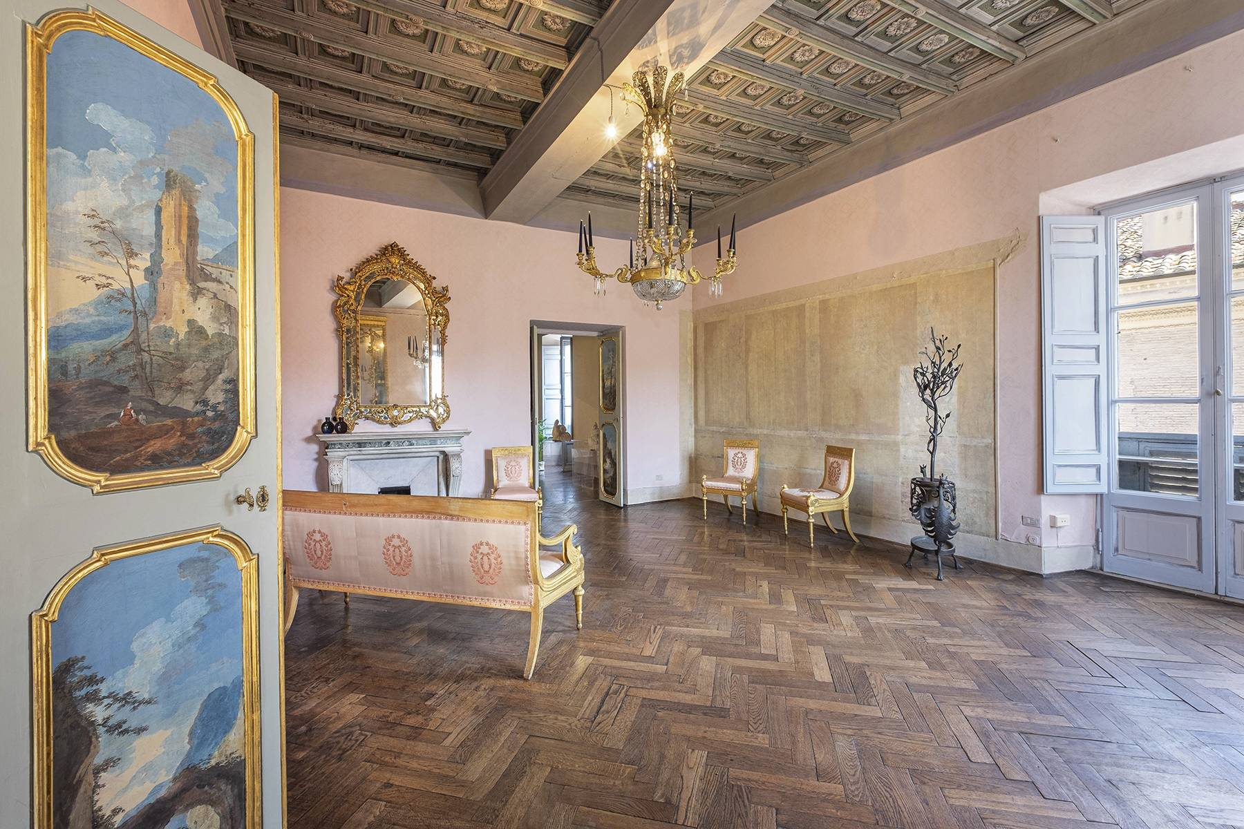 Magnificent apartment in historical property - 11