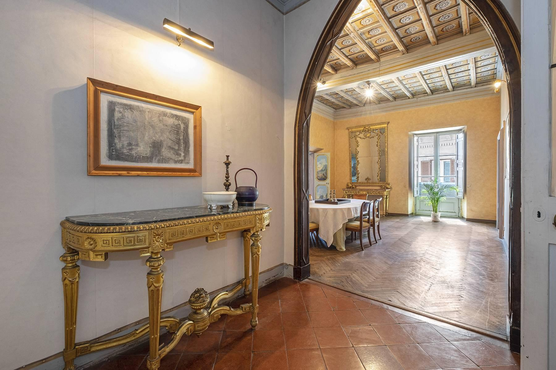 Magnificent apartment in historical property - 14