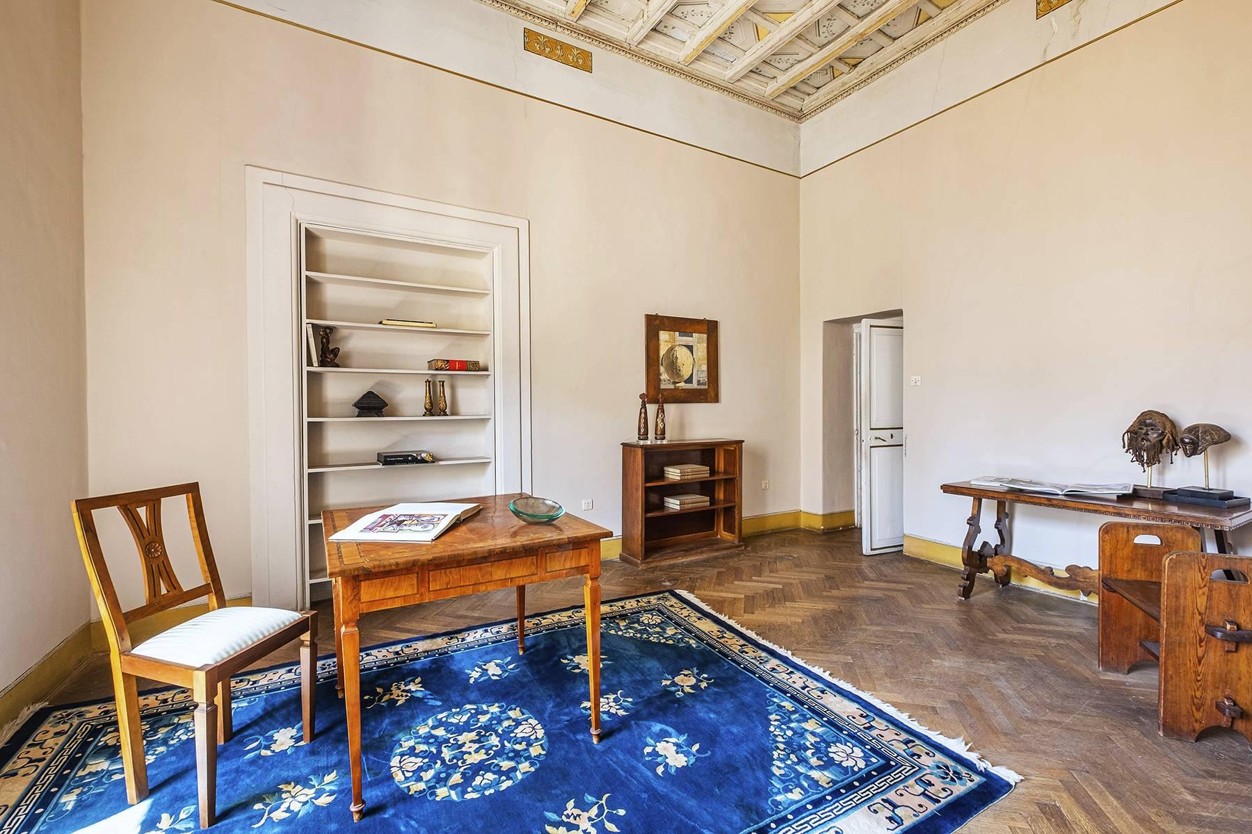 Magnificent apartment in historical property - 19