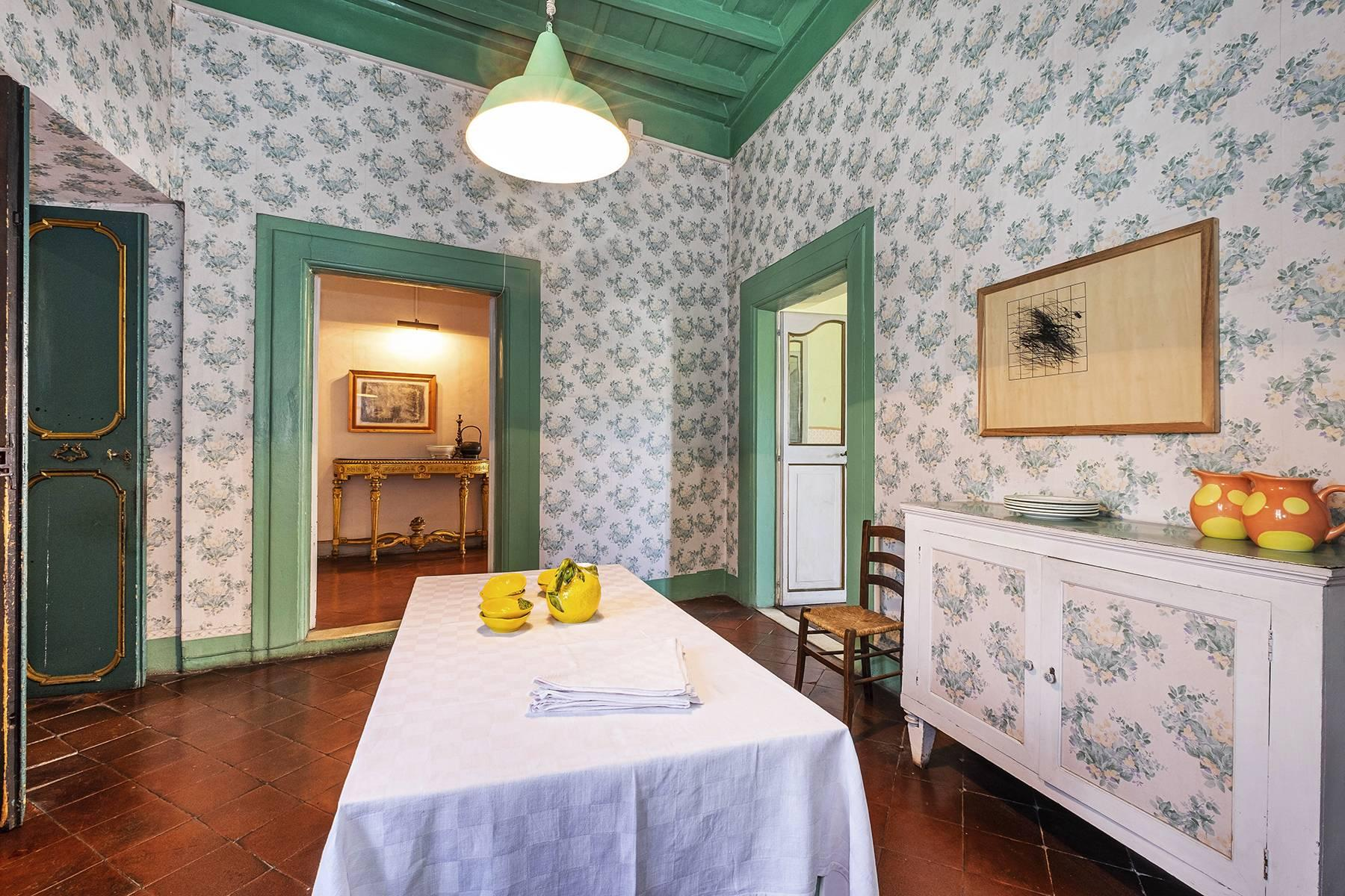 Magnificent apartment in historical property - 23