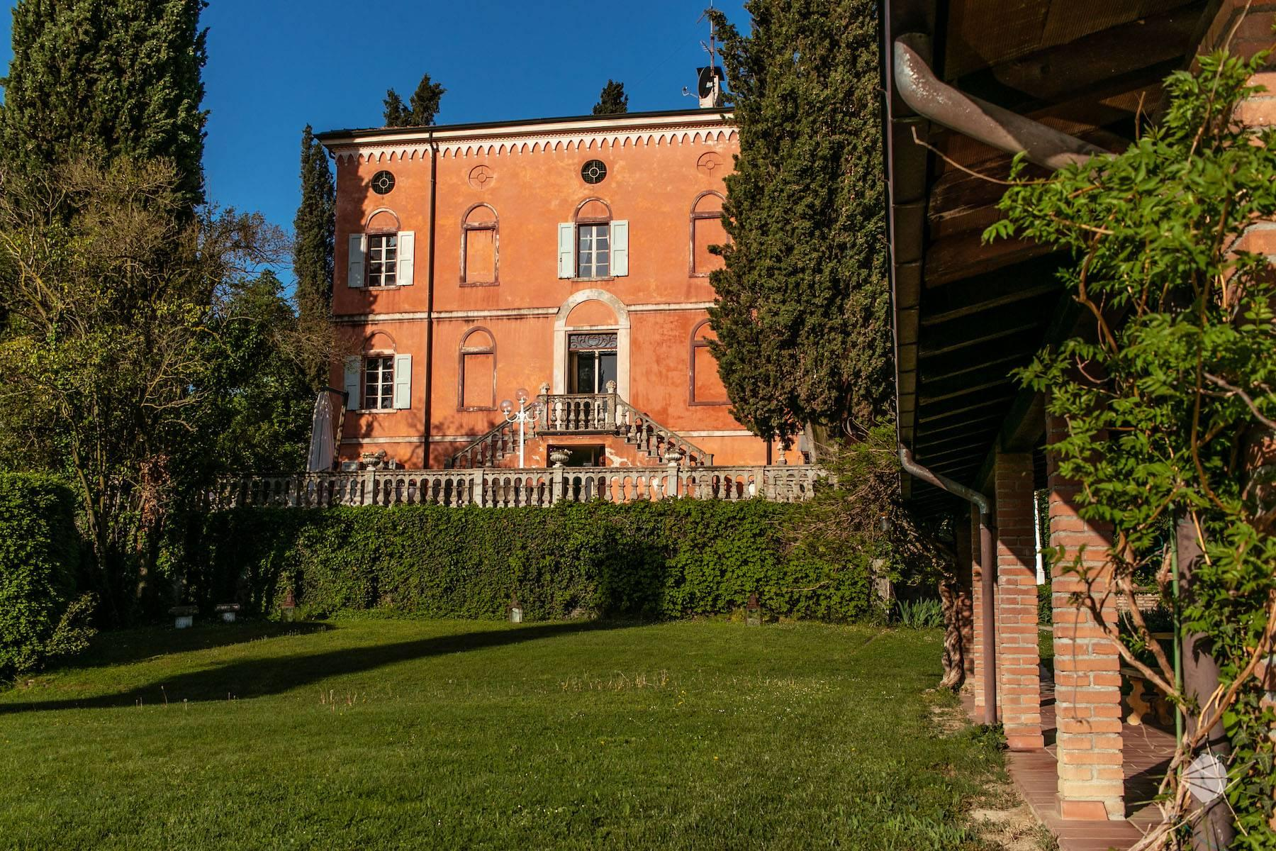 Historical residence on the first hills of Modena - 8