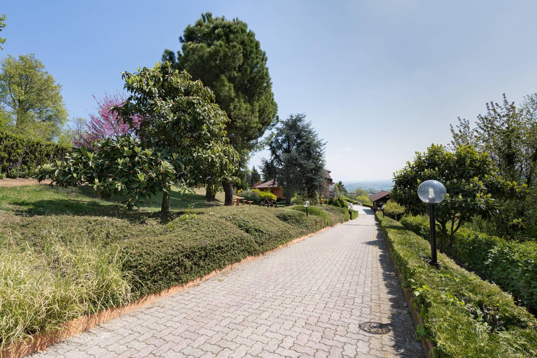 Villa moderna con giardino privato e piscina - 3
