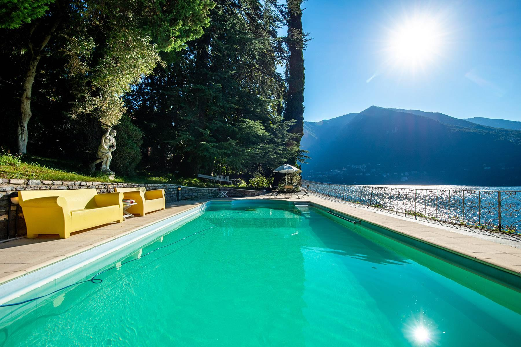 One-of-a-kind, pieds-dans-l'eau villa in Carate Urio - 28