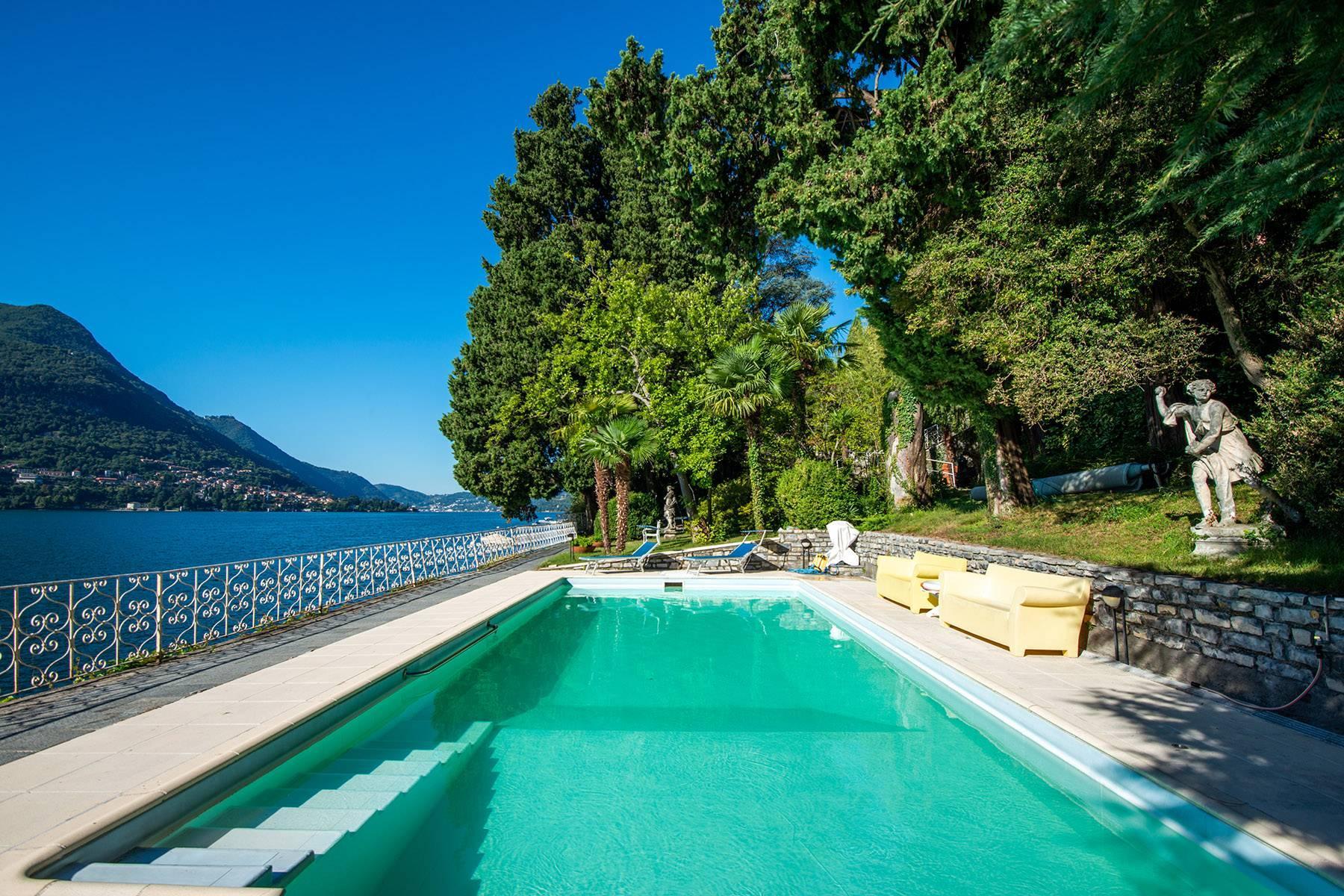 One-of-a-kind, pieds-dans-l'eau villa in Carate Urio - 29
