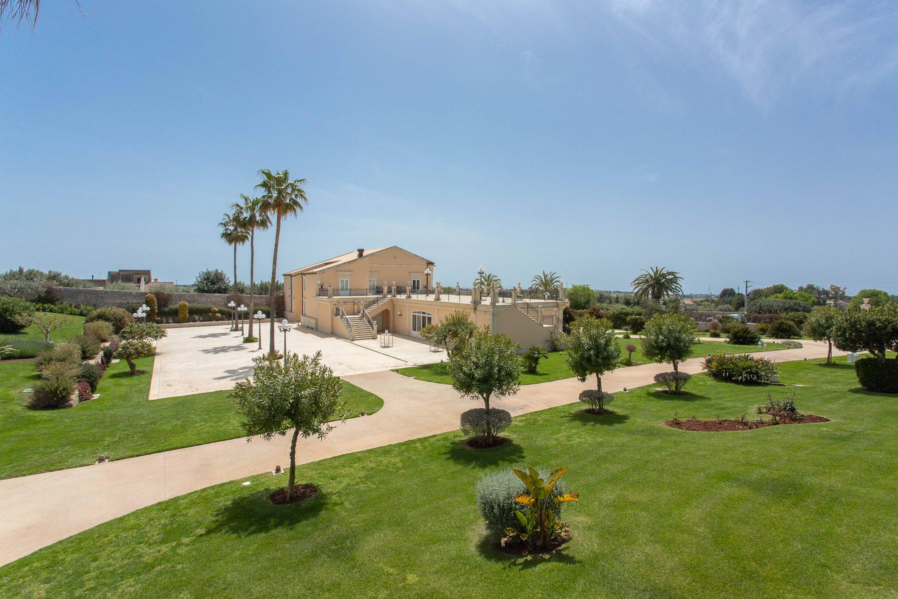 Incomparable villa in the countryside of Modica - 4