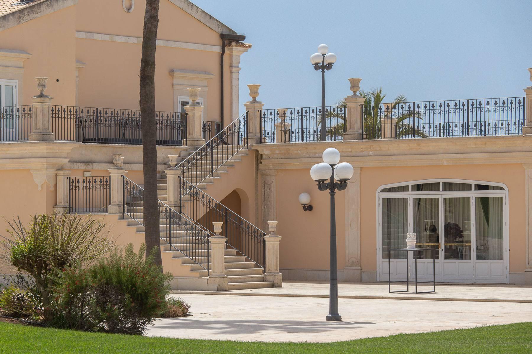 Suggestive Villa in der Landschaft von Modica - 26