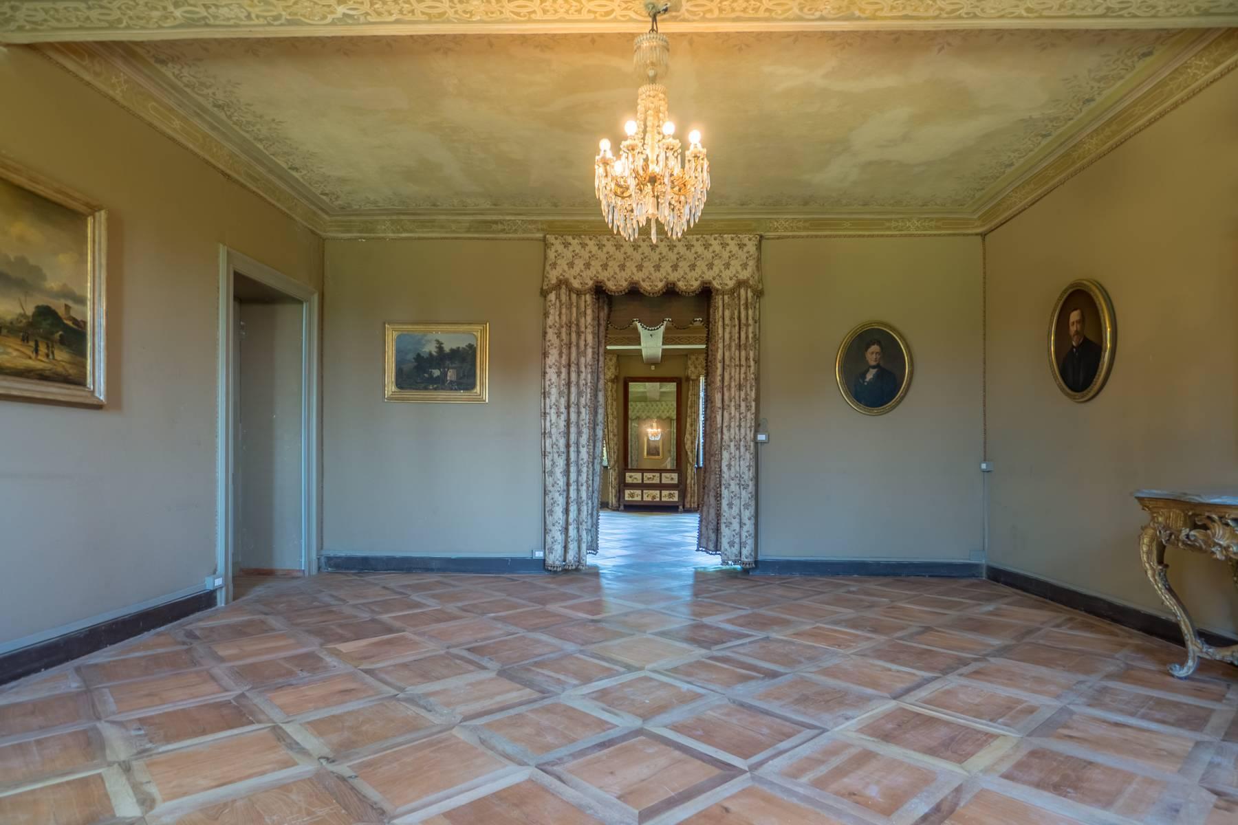 Splendida villa storica immersa nel verde - 19