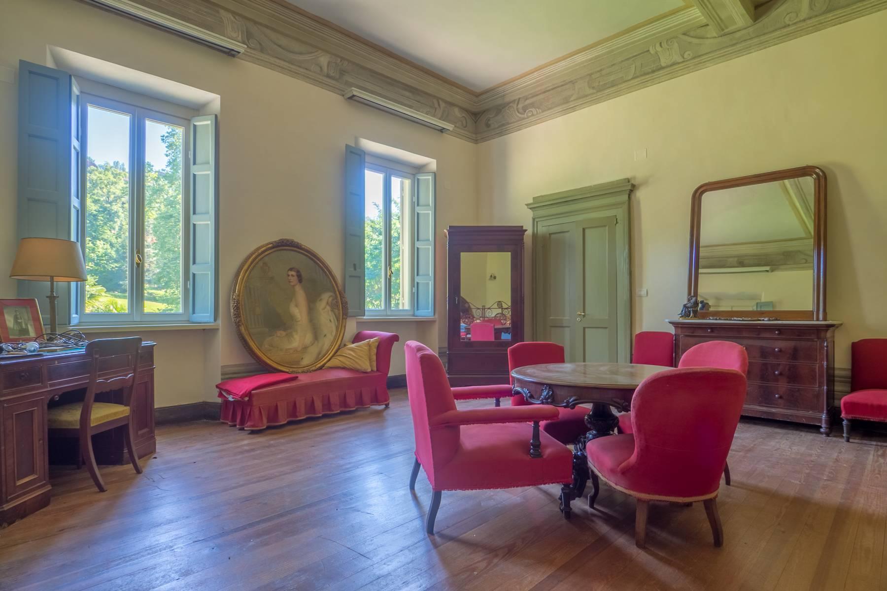 Splendida villa storica immersa nel verde - 12