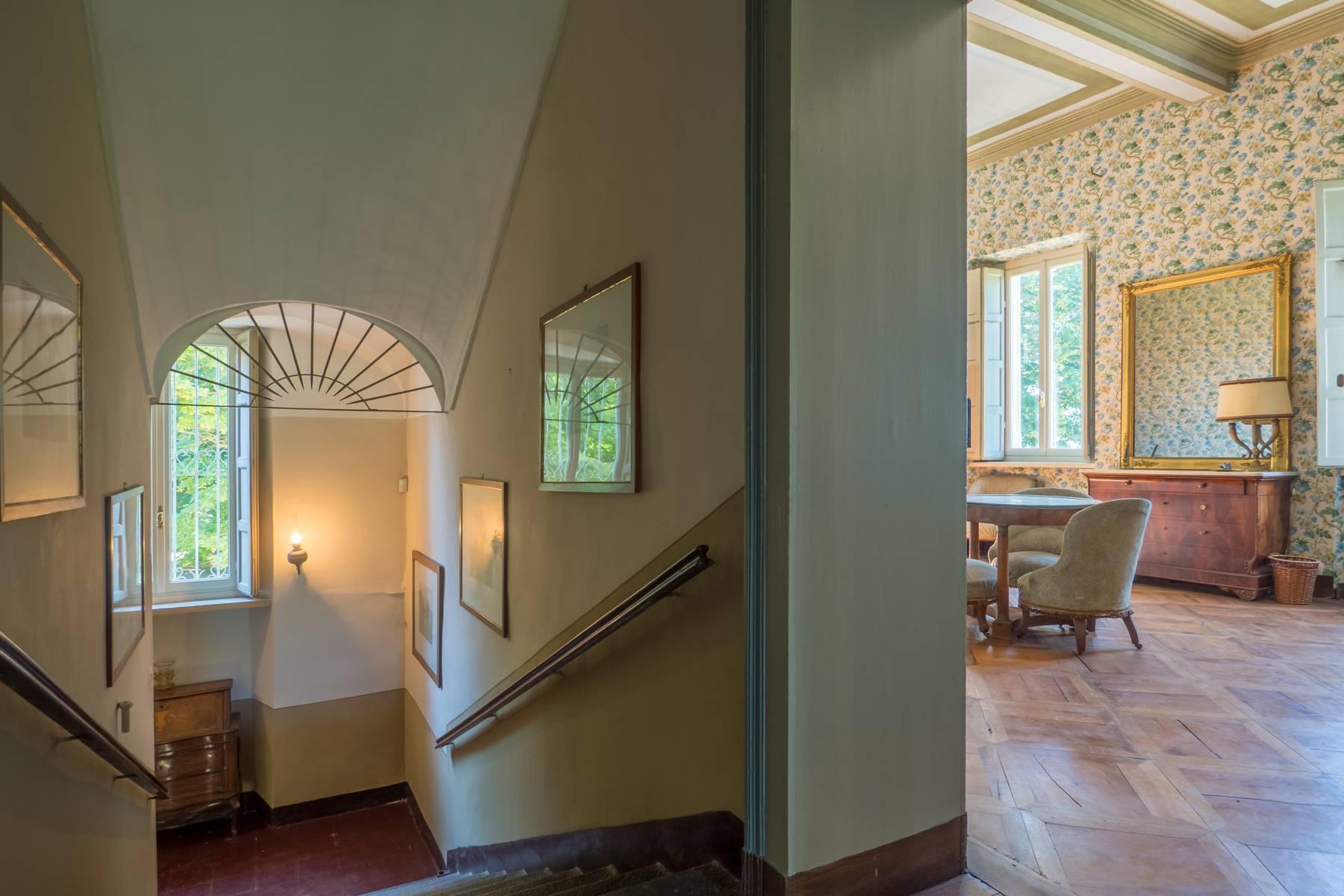 Splendida villa storica immersa nel verde - 17
