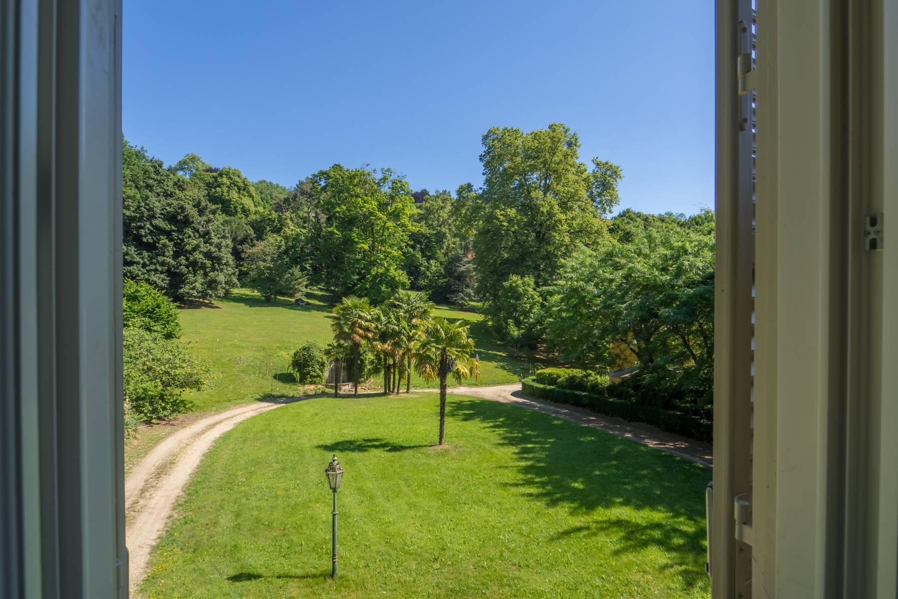 Splendida villa storica immersa nel verde - 14