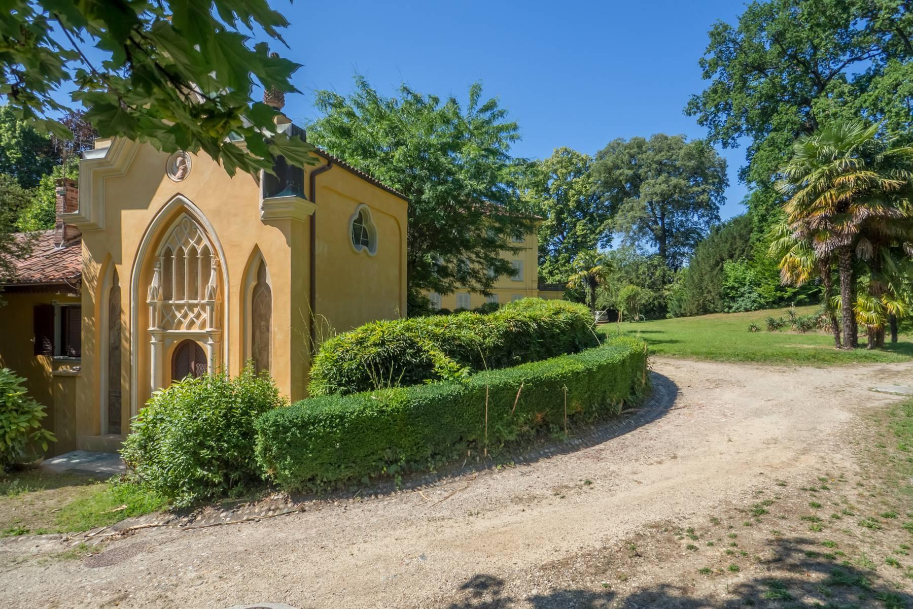 Splendida villa storica immersa nel verde - 18