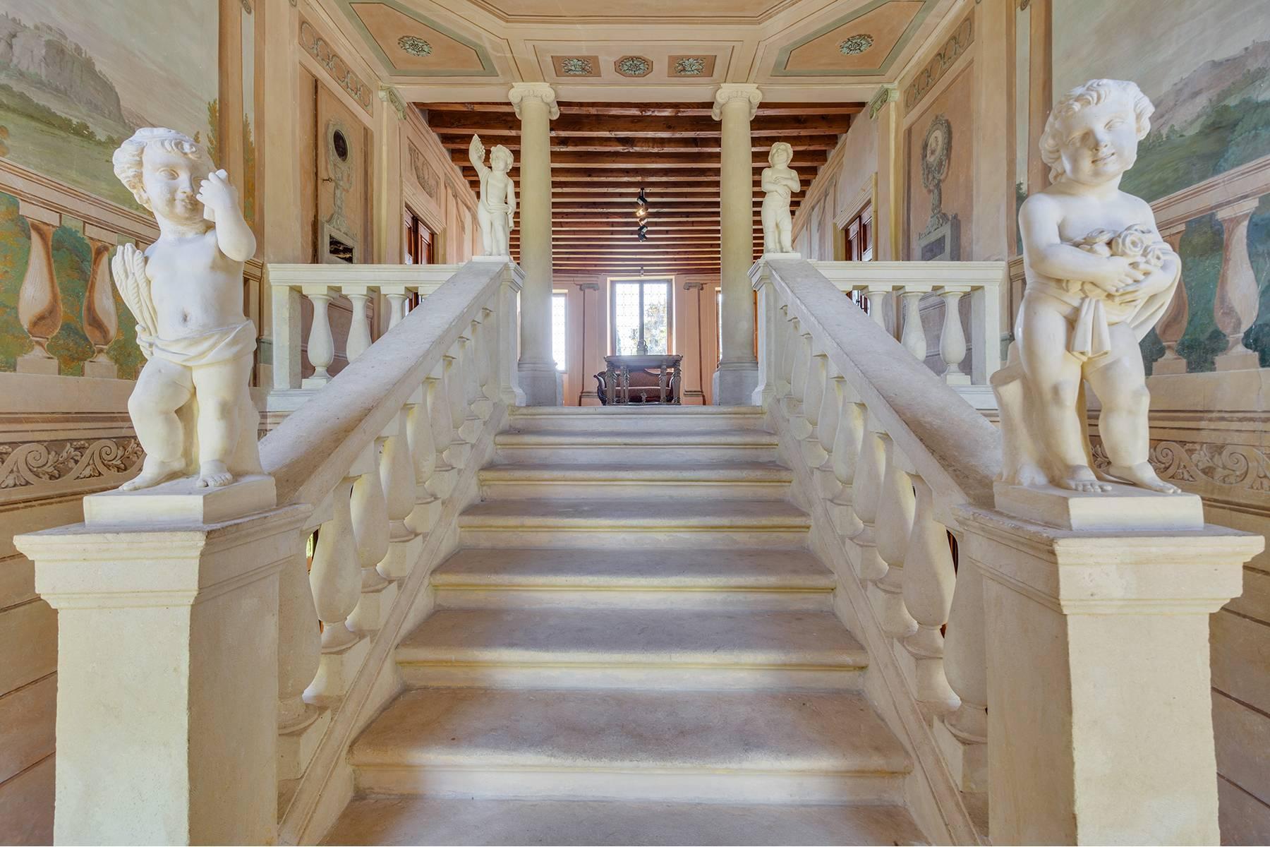 Historische Villa mit Park und prächtigem alten Keller, umgeben von Weinbergen - 10