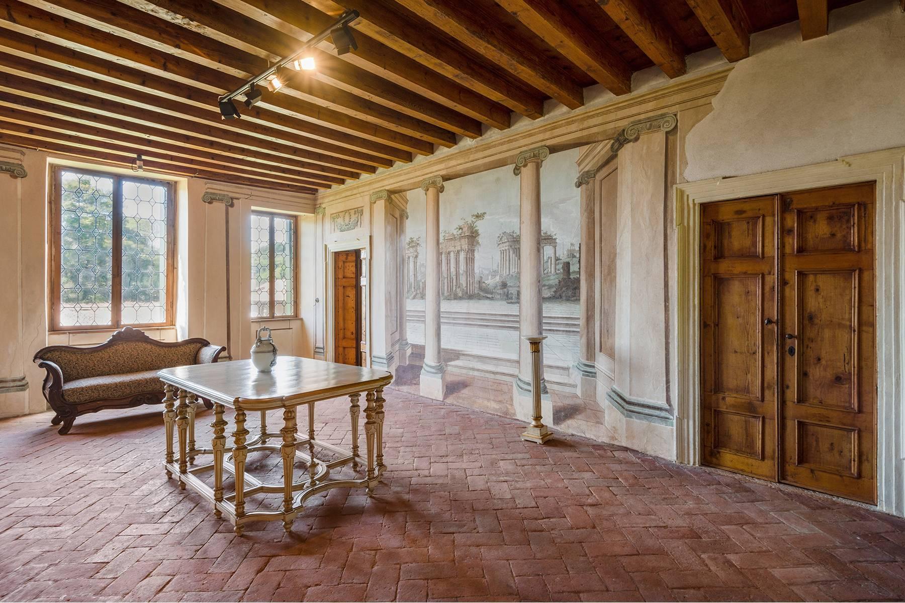 Historische Villa mit Park und prächtigem alten Keller, umgeben von Weinbergen - 12