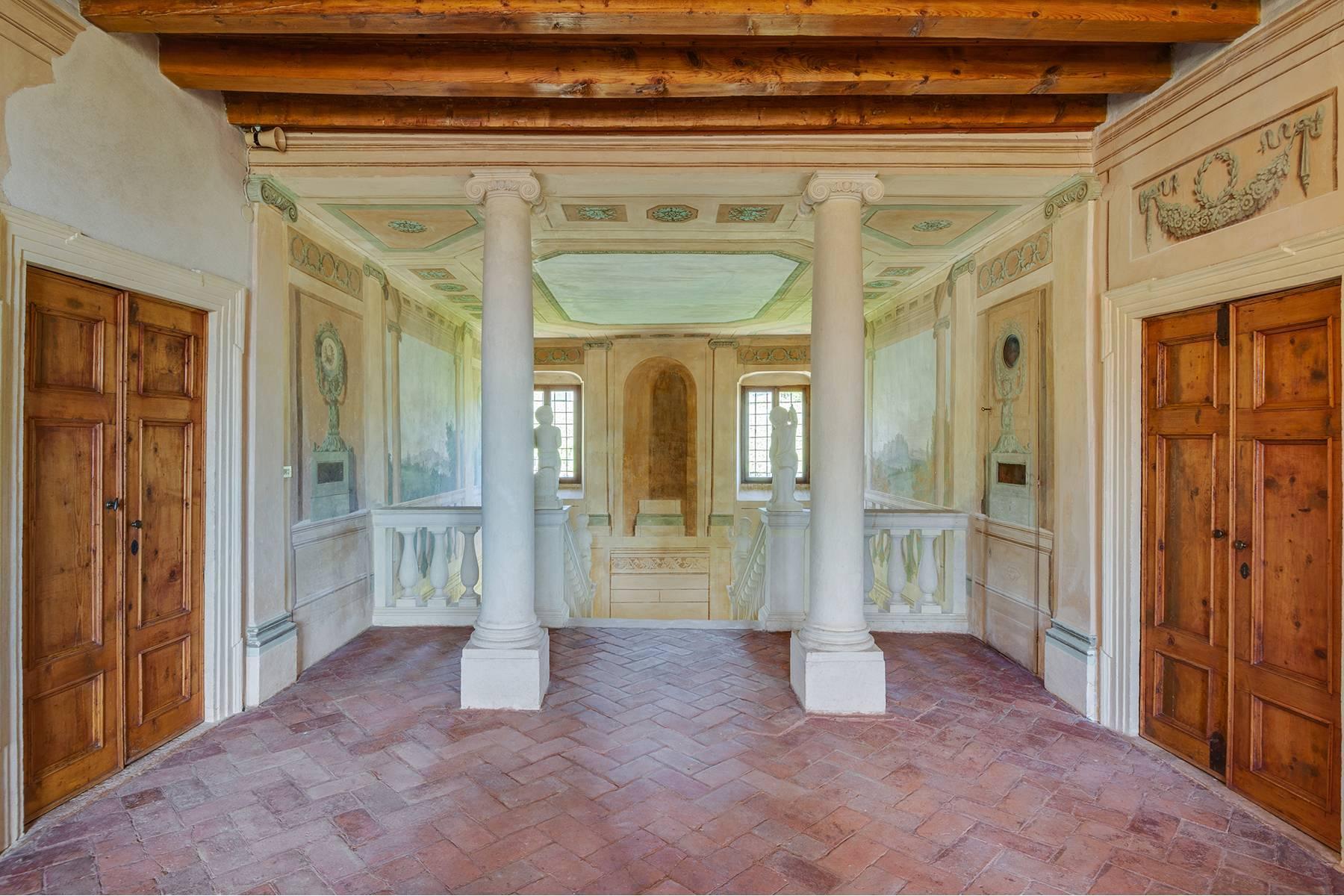 Historische Villa mit Park und prächtigem alten Keller, umgeben von Weinbergen - 14