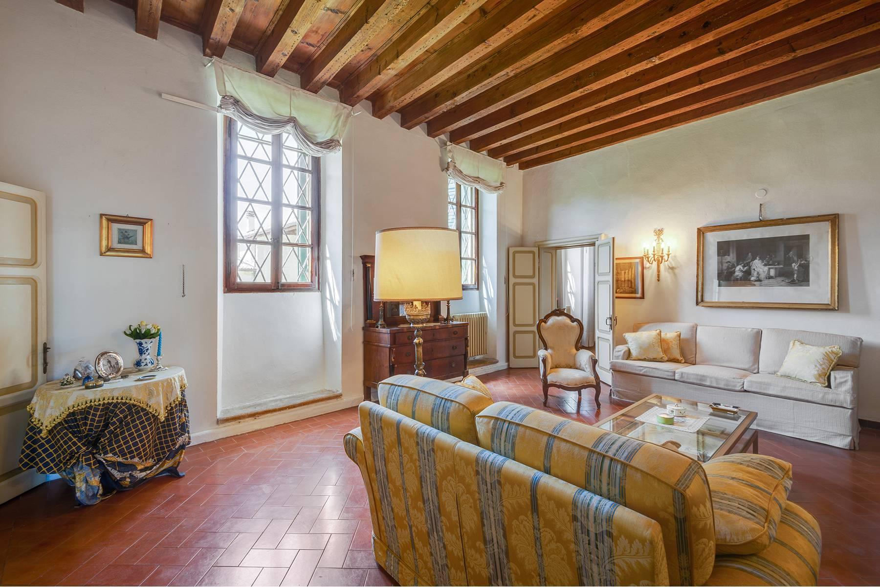 Historische Villa mit Park und prächtigem alten Keller, umgeben von Weinbergen - 15