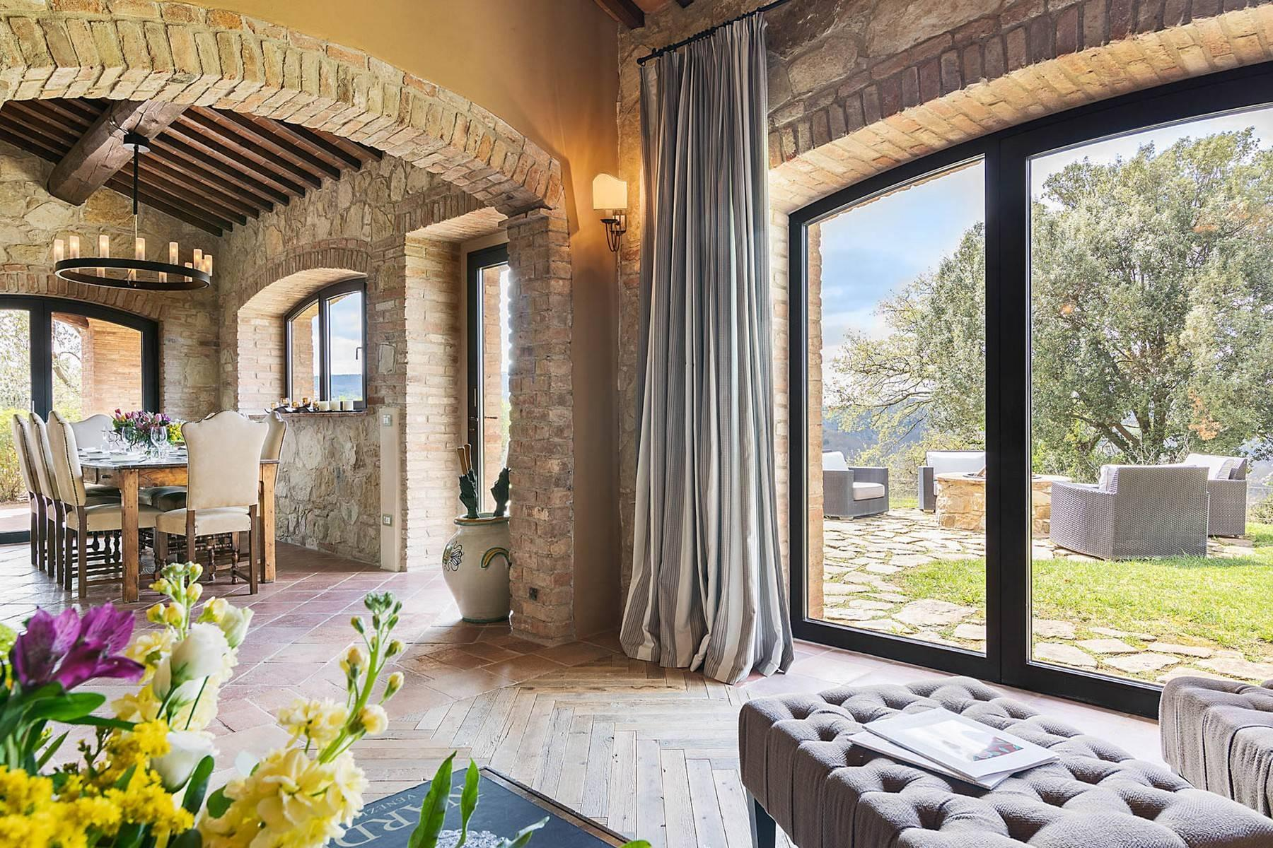 Wonderful farmhouse in an exclusive position - 26
