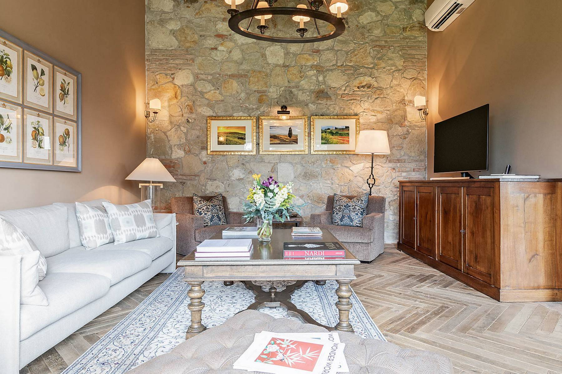 Wonderful farmhouse in an exclusive position - 27