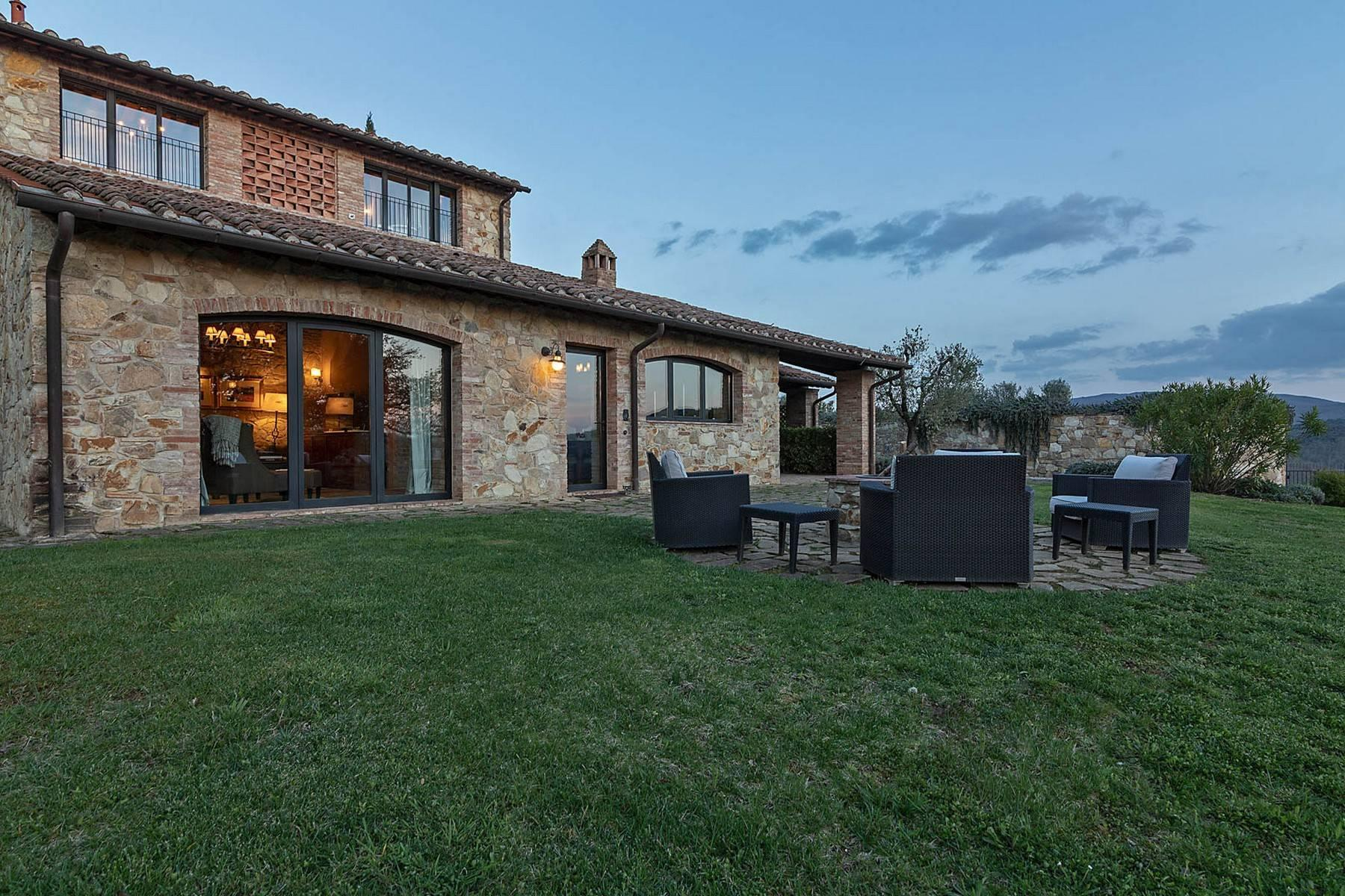 Wonderful farmhouse in an exclusive position - 37