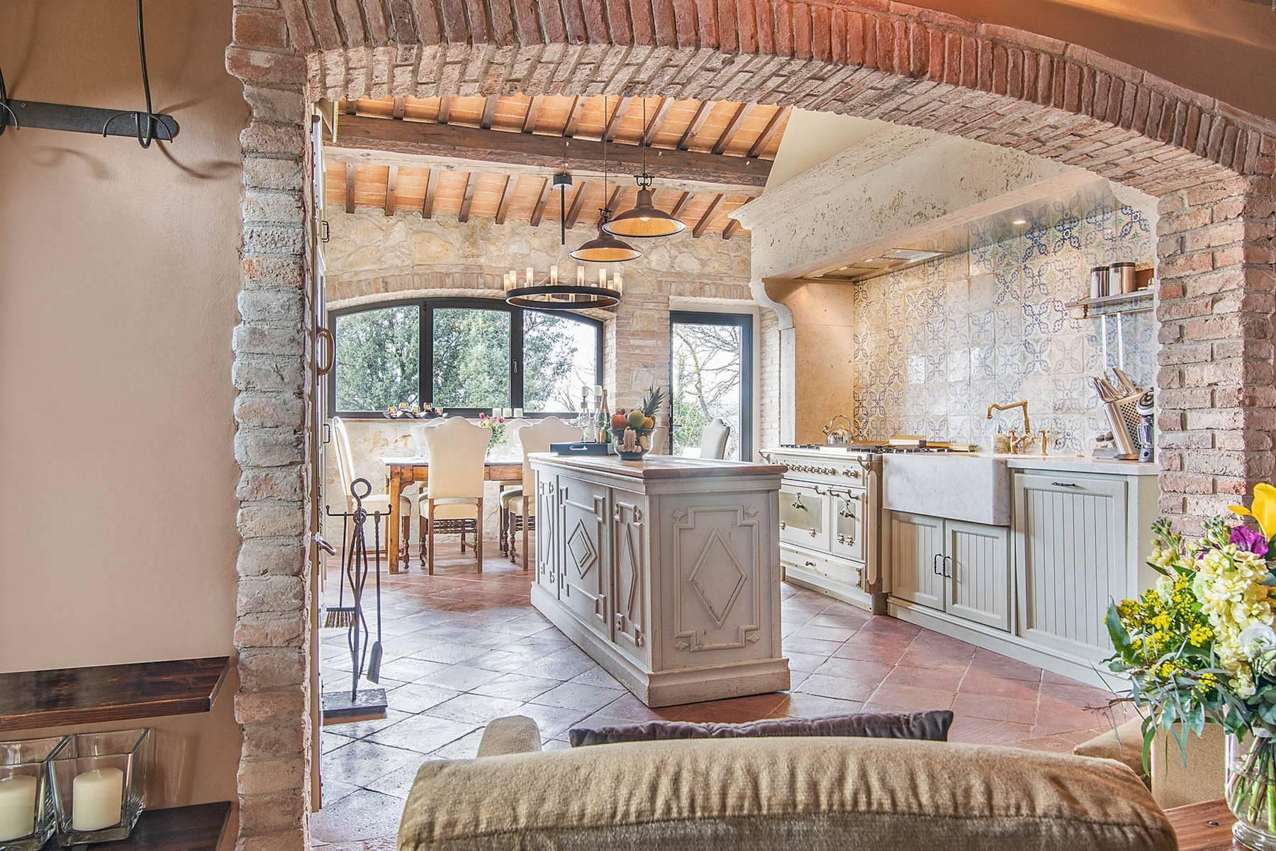 Wonderful farmhouse in an exclusive position - 24