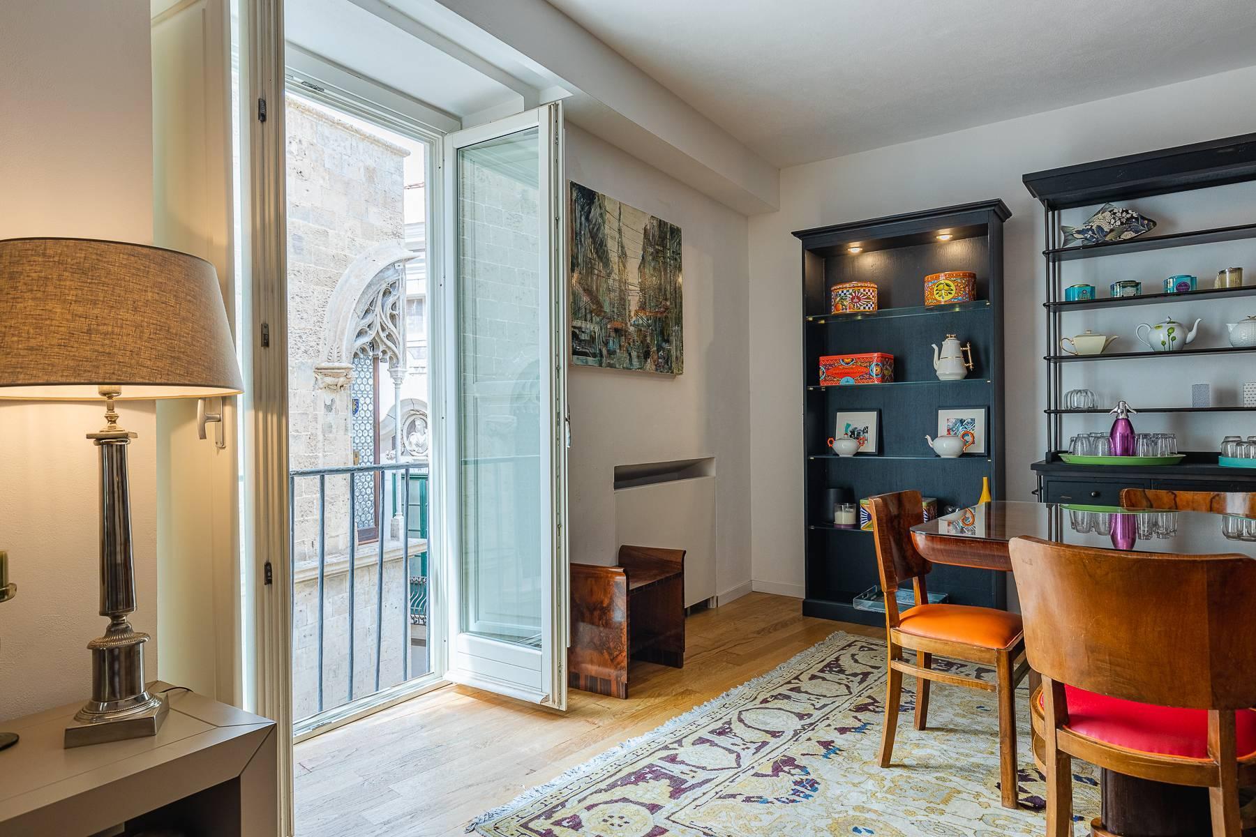 Estroso appartamento con terrazza in centro storico - 1