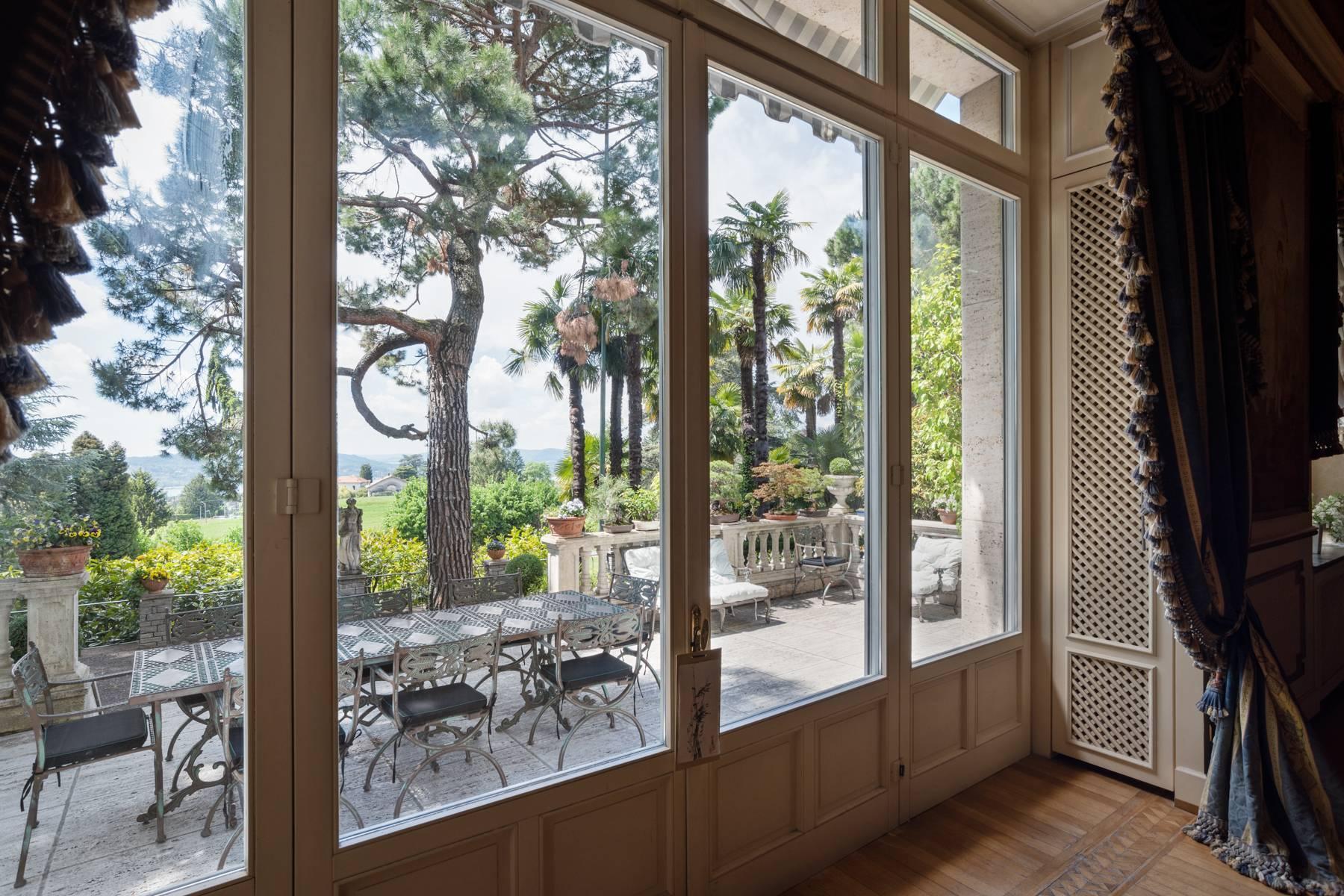 prestigiosa Villa sul Lago di Varese - 1