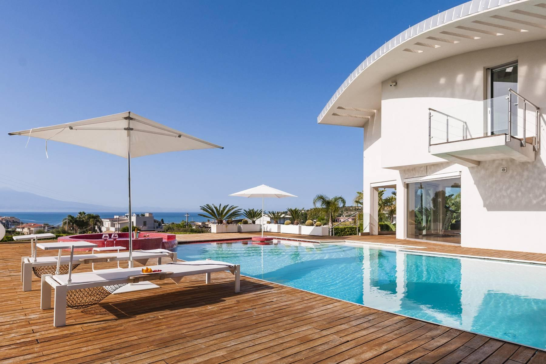 Villa con piscina a Brucoli - 3
