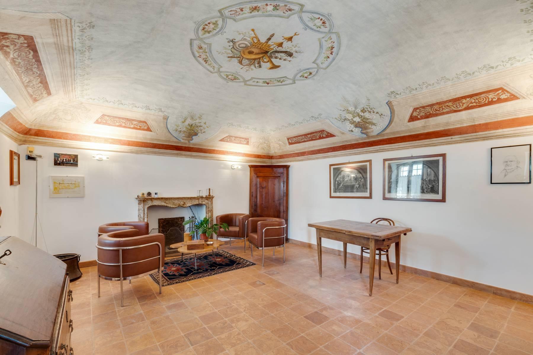Prestigioso complesso immobiliare sulle colline del Monferrato - 4