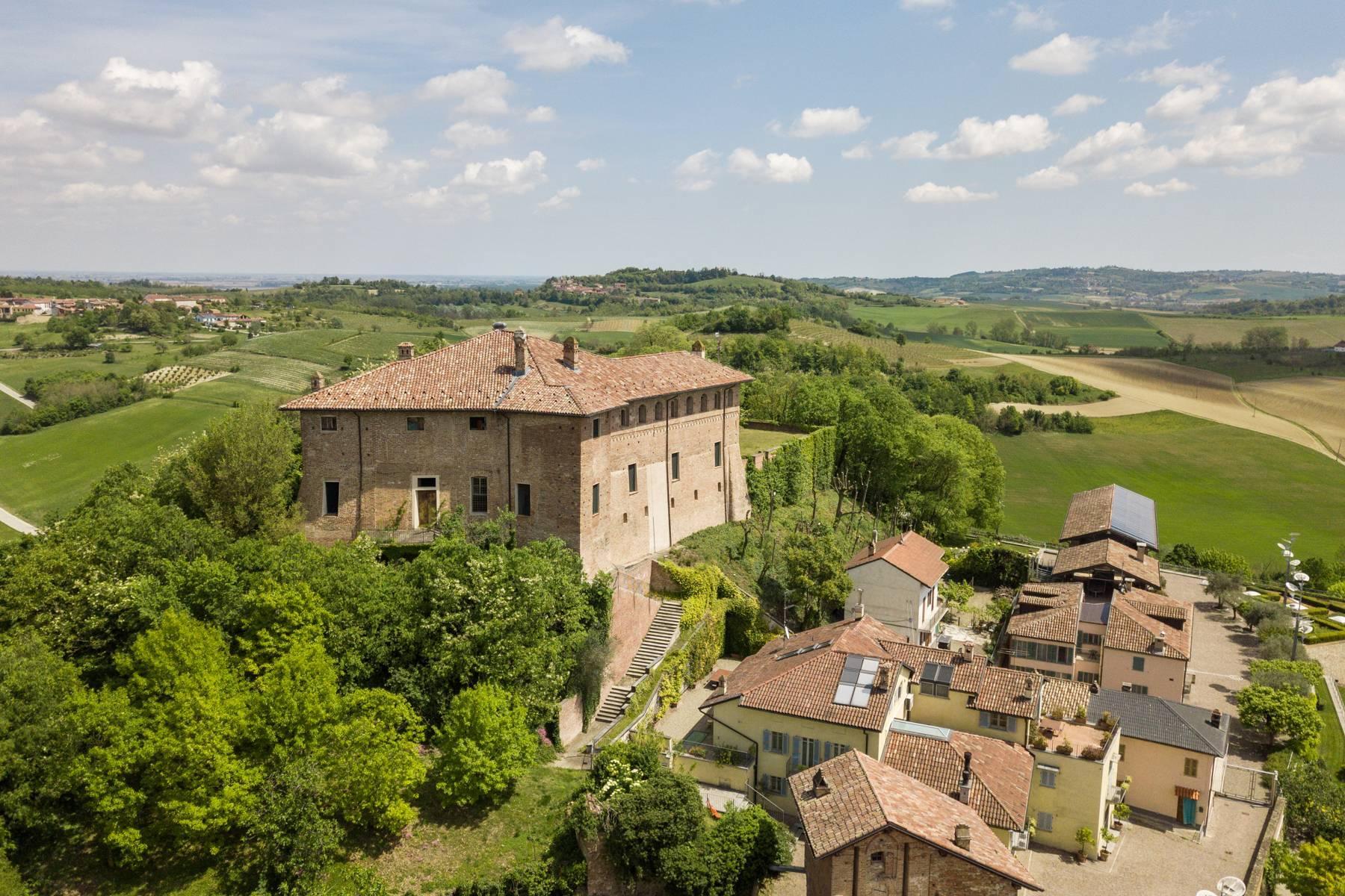Prestigioso complesso immobiliare sulle colline del Monferrato - 23