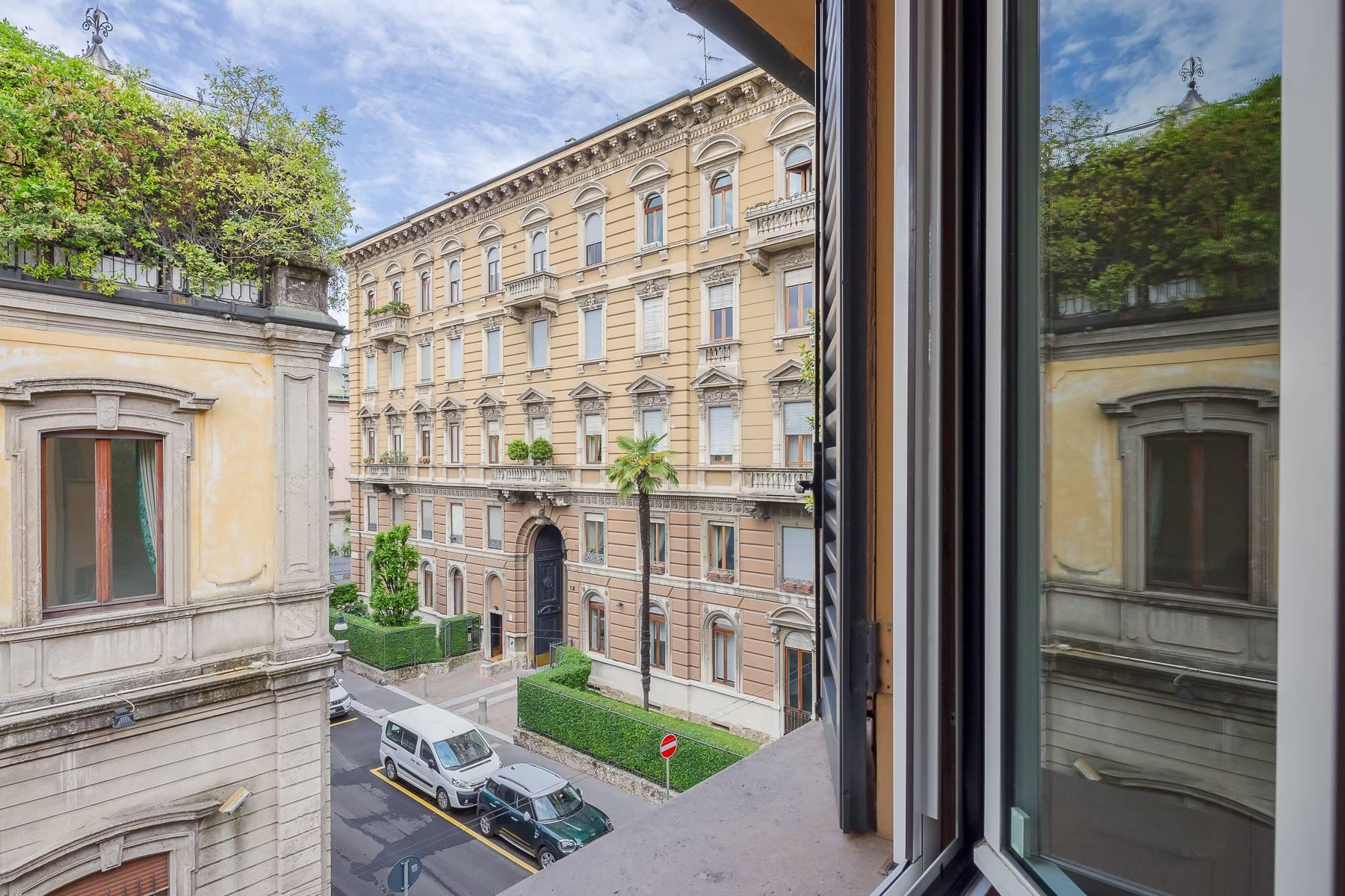 Top-floor apartment for rent in Via Tamburini - 29