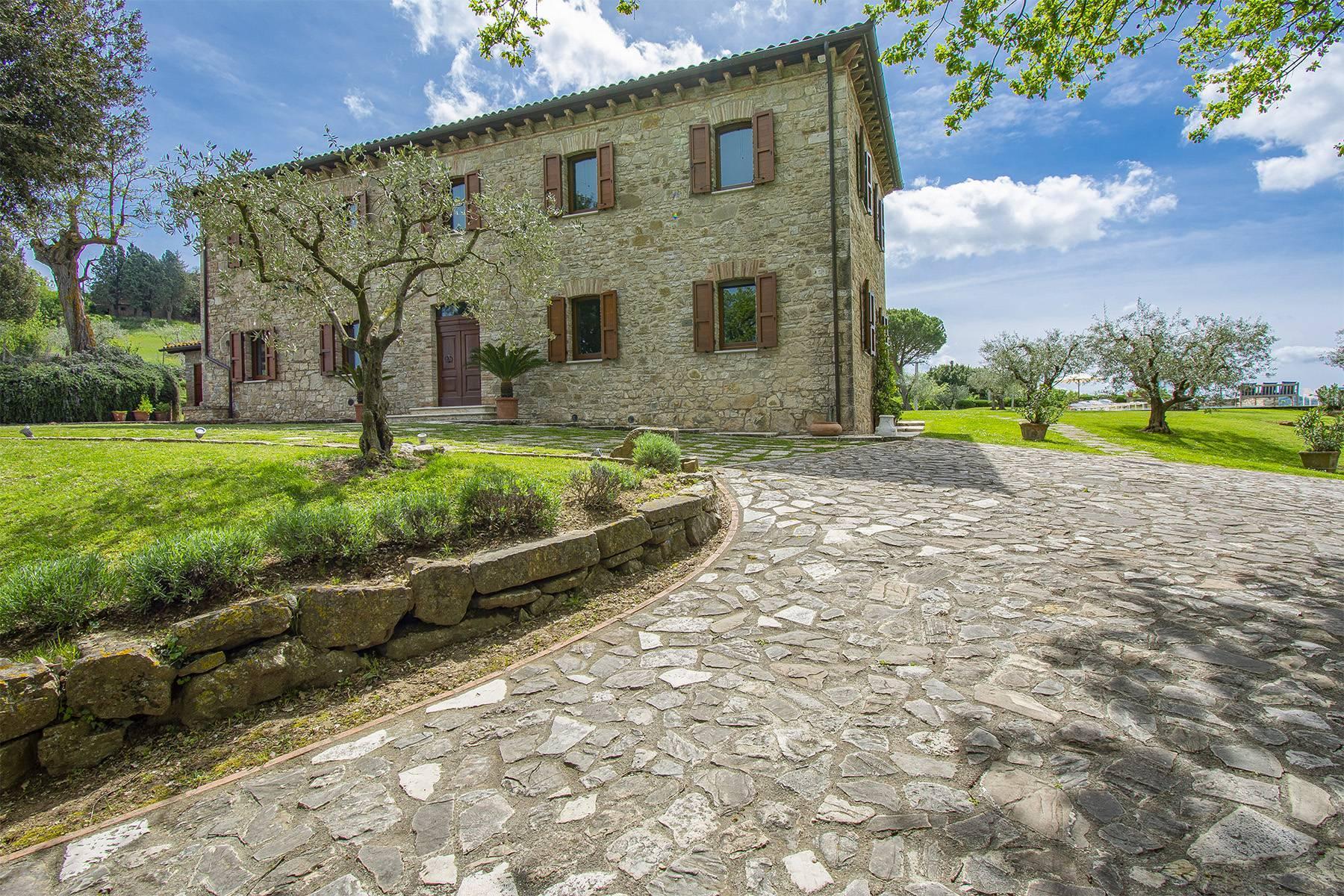 Unique luxury farmhouse in the heart of Umbria - 4