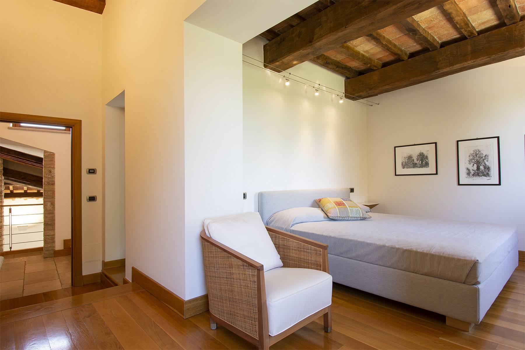 Meraviglioso casale con finiture di lusso a Todi - 19