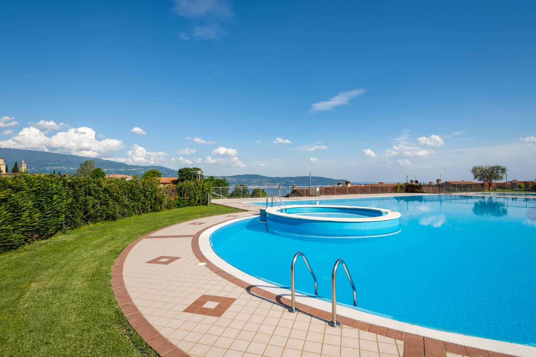 Independent villa with spectacular view - 20