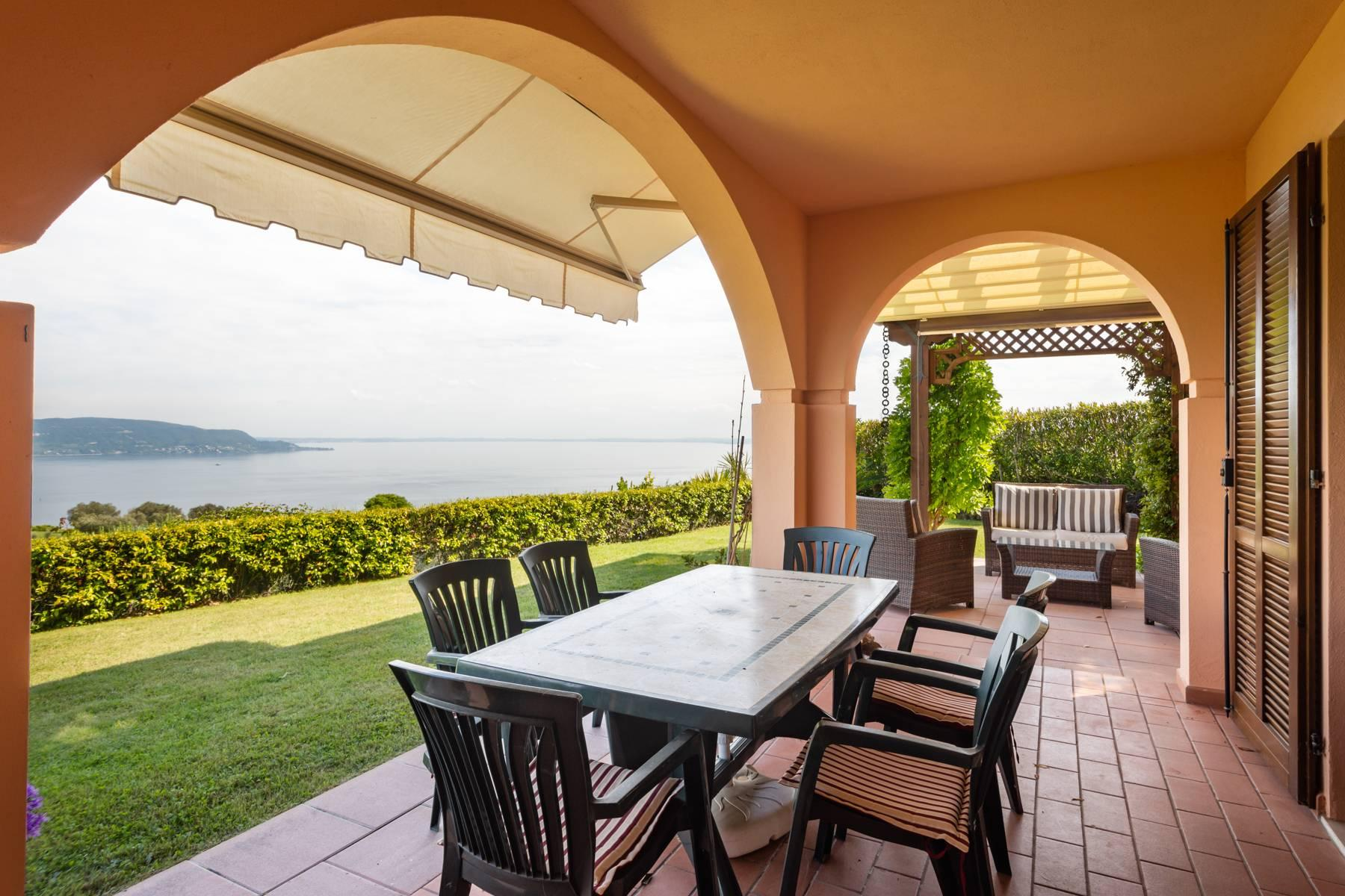 Independent villa with spectacular view - 18