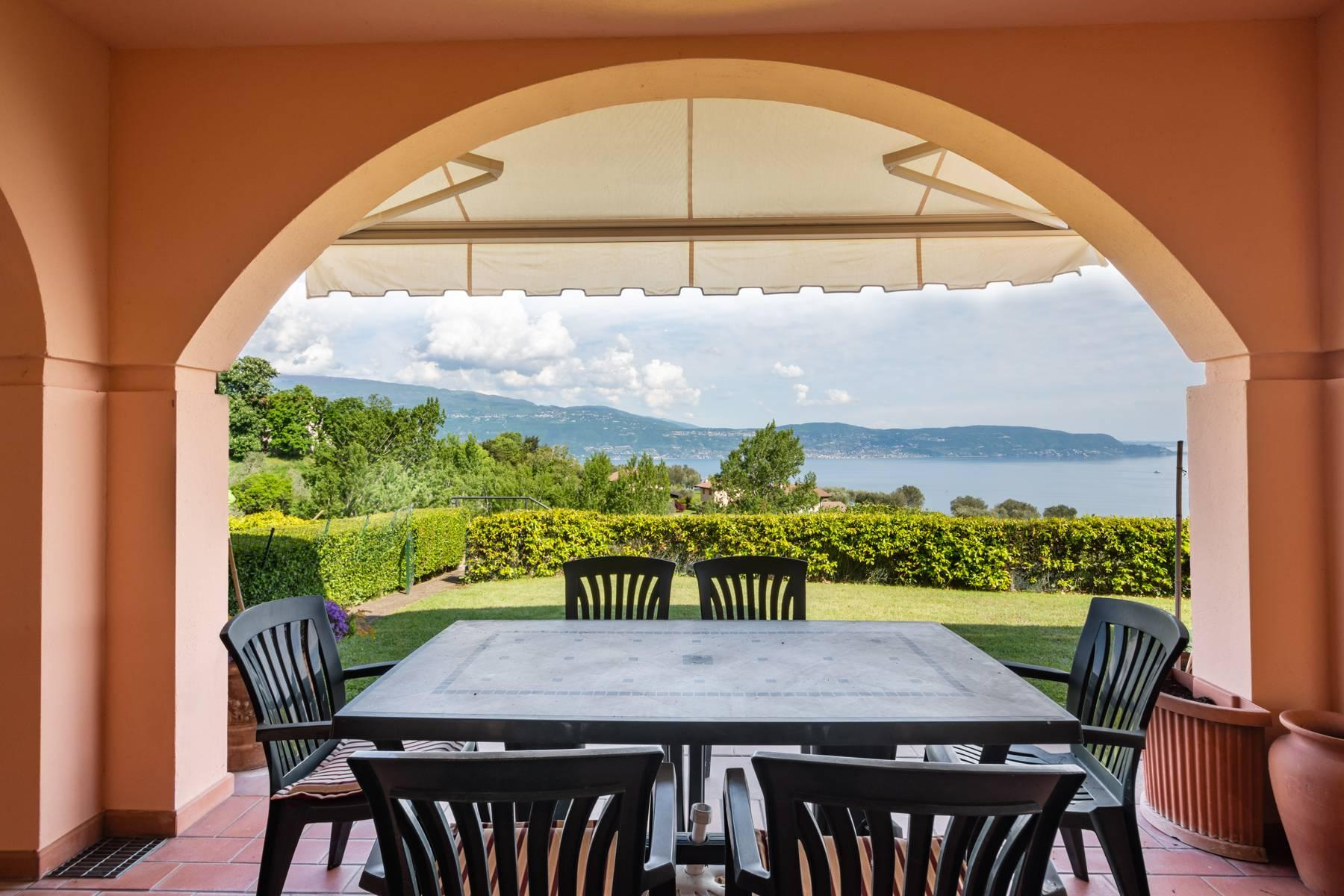 Independent villa with spectacular view - 4