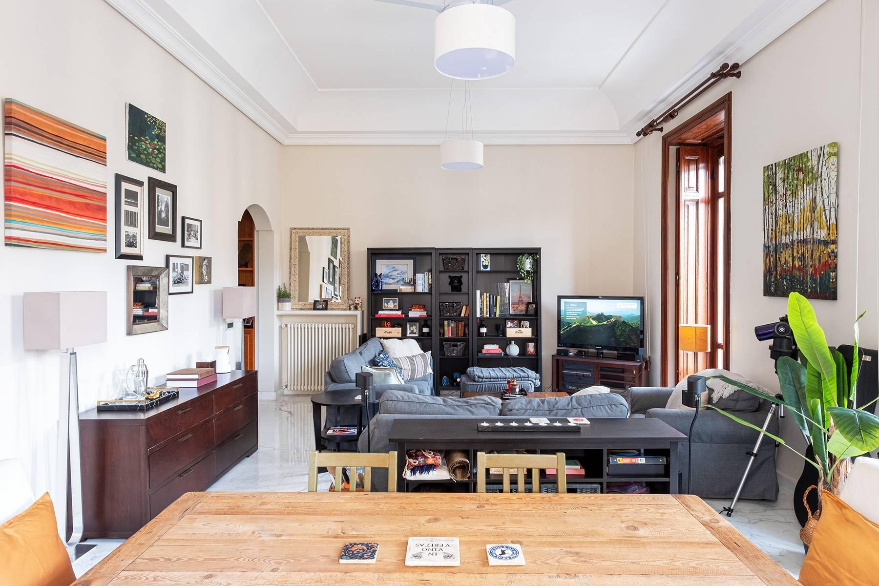 Luminoso appartamento in Viale Gramsci - 4
