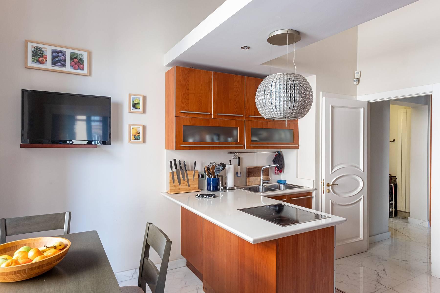 Luminoso appartamento in Viale Gramsci - 8