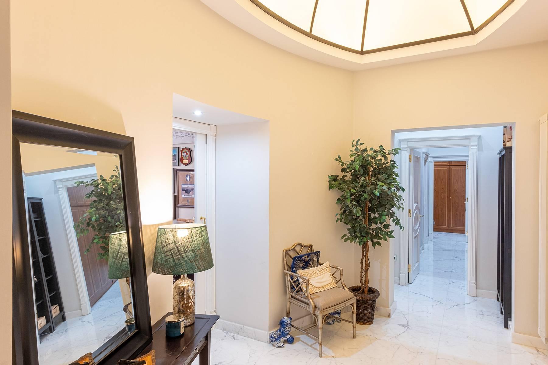 Luminoso appartamento in Viale Gramsci - 9