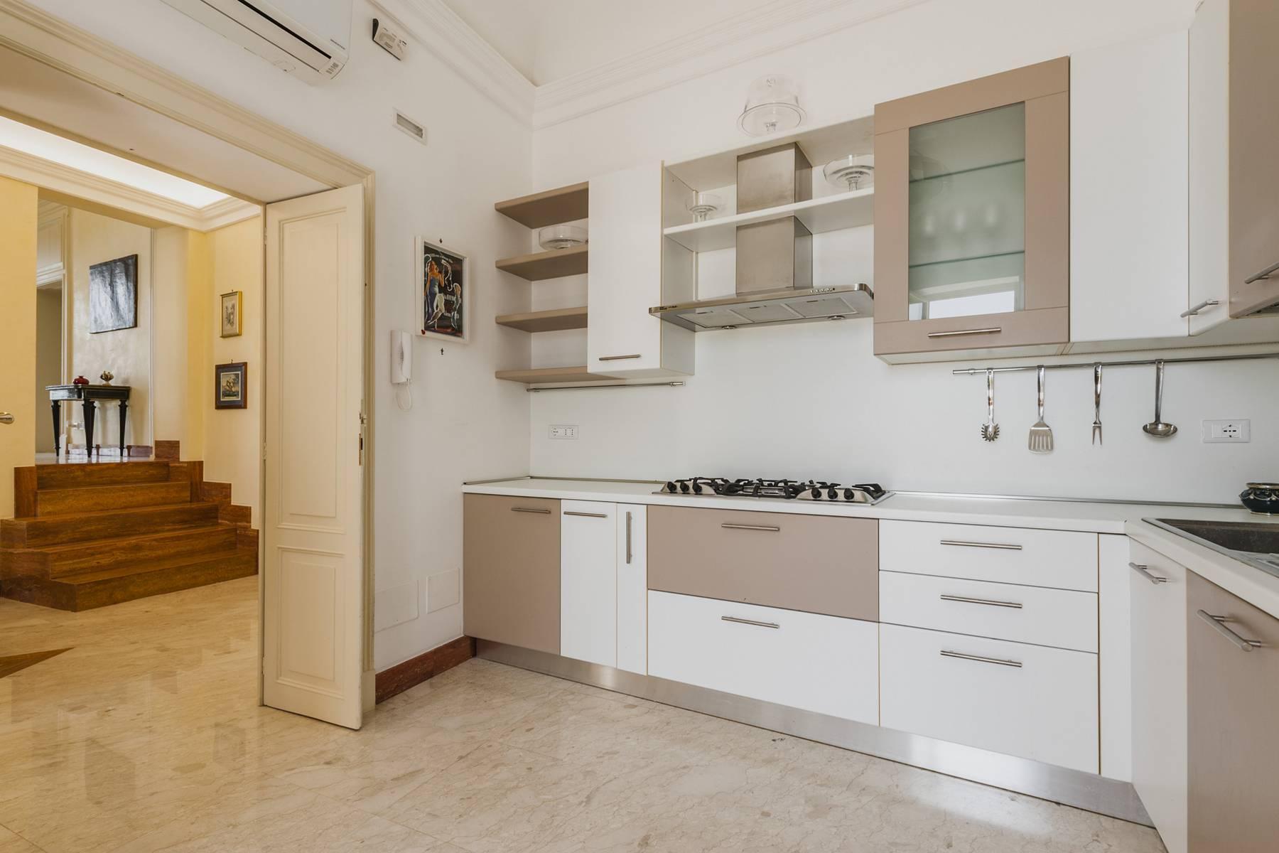 Suggestivo appartamento con terrazza e vista mare - 10