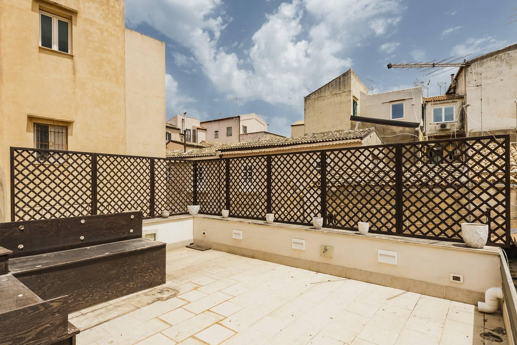 Suggestivo appartamento con terrazza e vista mare - 17