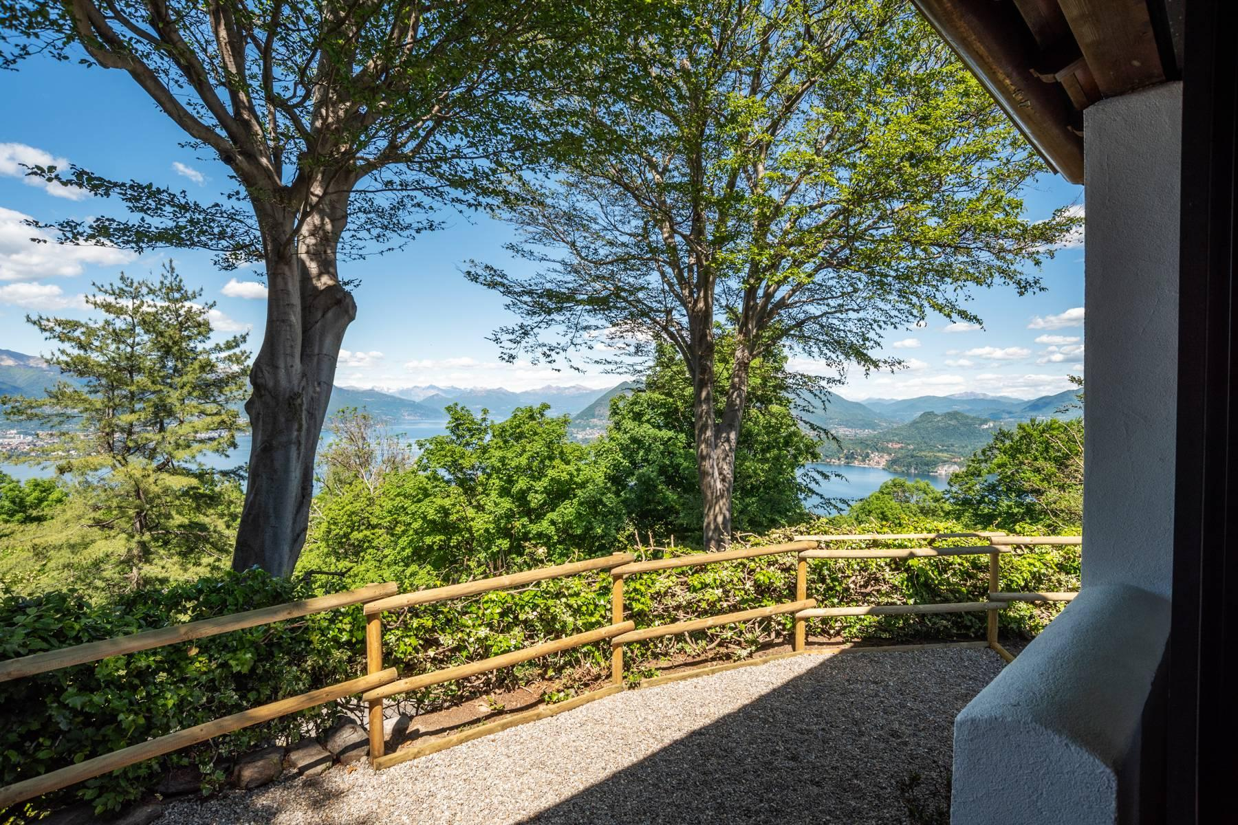 Herrliche Villa auf den Hügeln von Stresa - 13