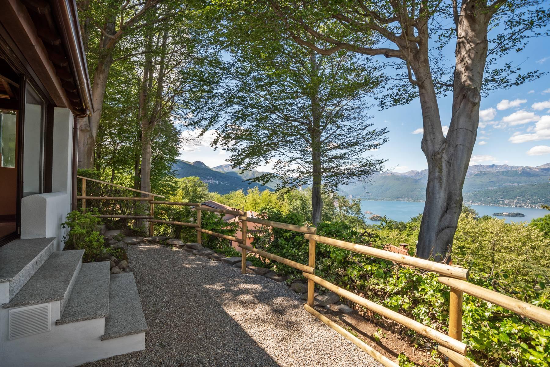 Herrliche Villa auf den Hügeln von Stresa - 14