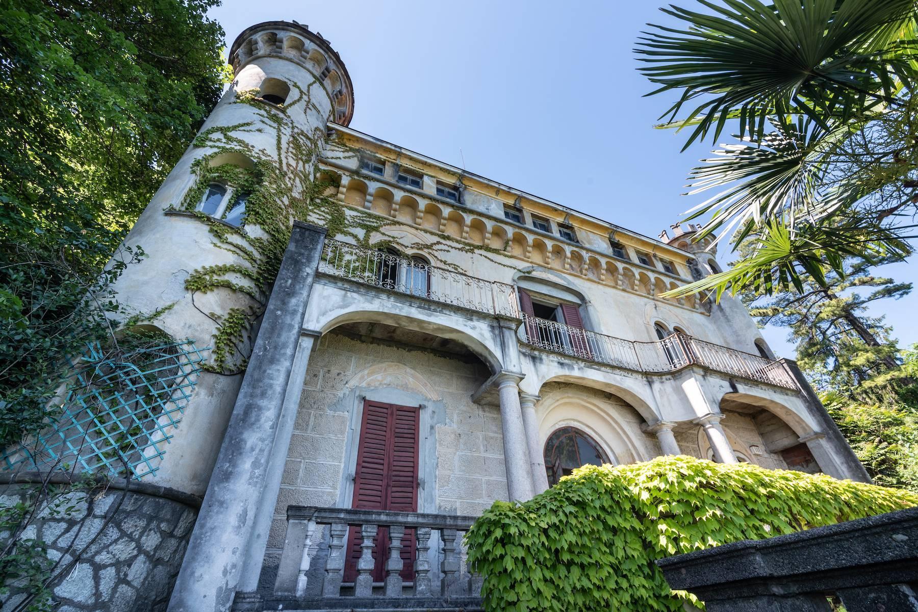 Prestigious castle for sale in Stresa - 5