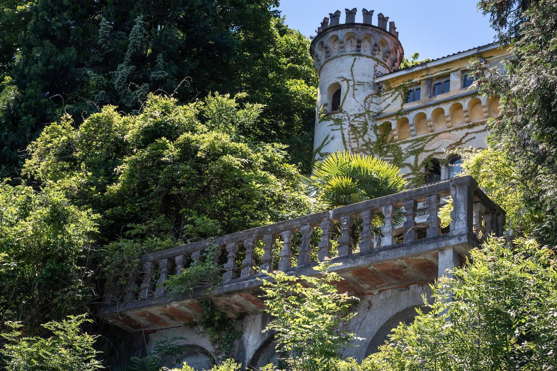 Prestigious castle for sale in Stresa - 4