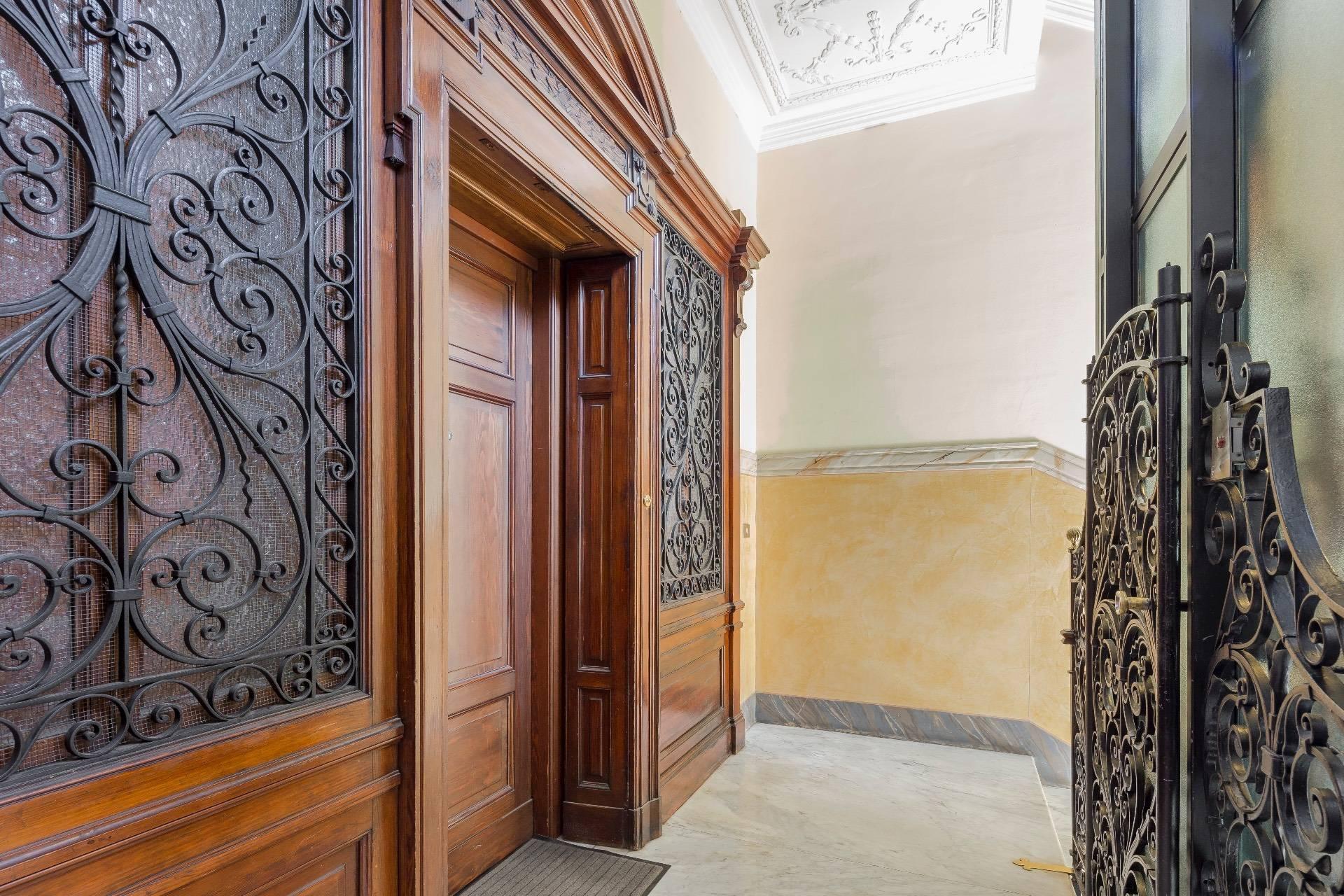 Elegante Wohnung im antiken Palast - 16