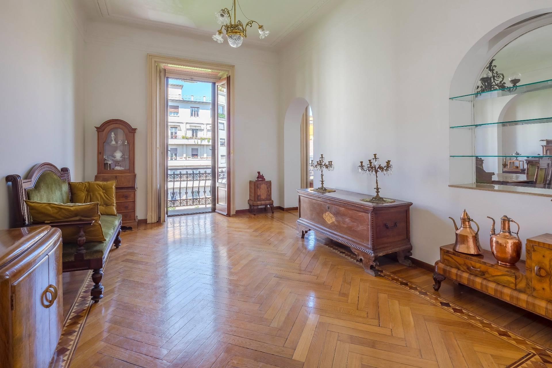 Elegant apartment in a prestigious building - 5