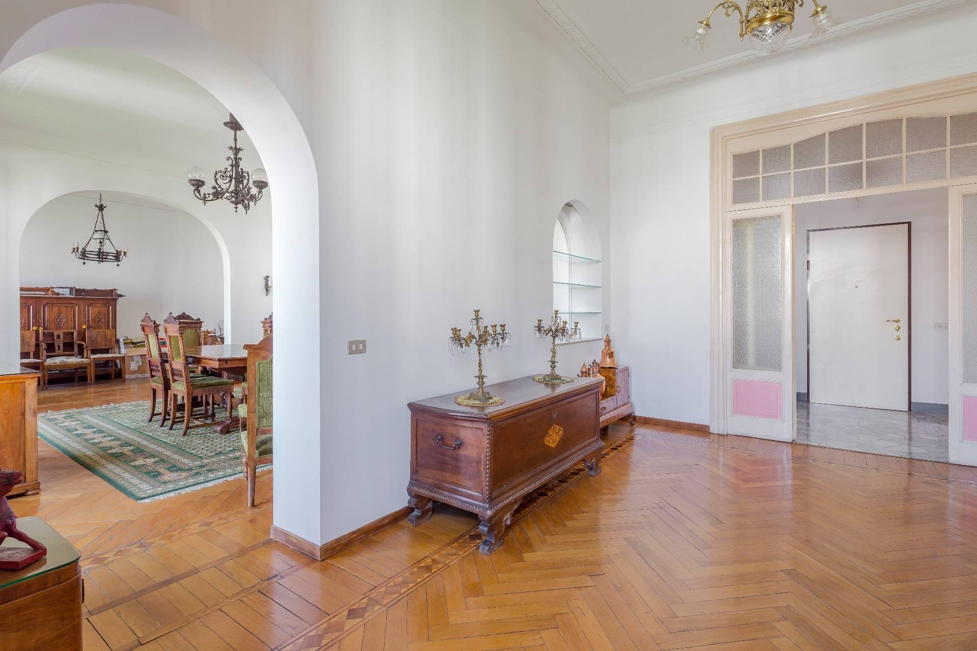 Elegante Wohnung im antiken Palast - 10